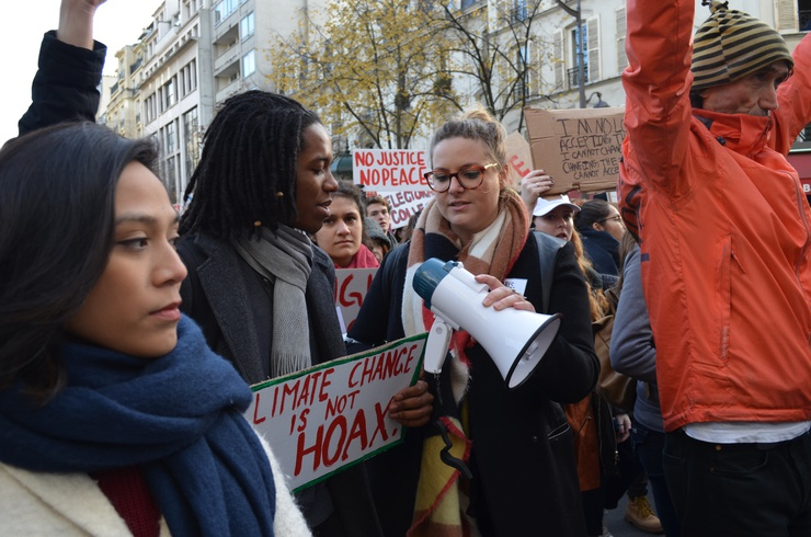 Climate change, racial discrimination, and refugees were all major themes of the protest. © Lara Bullens