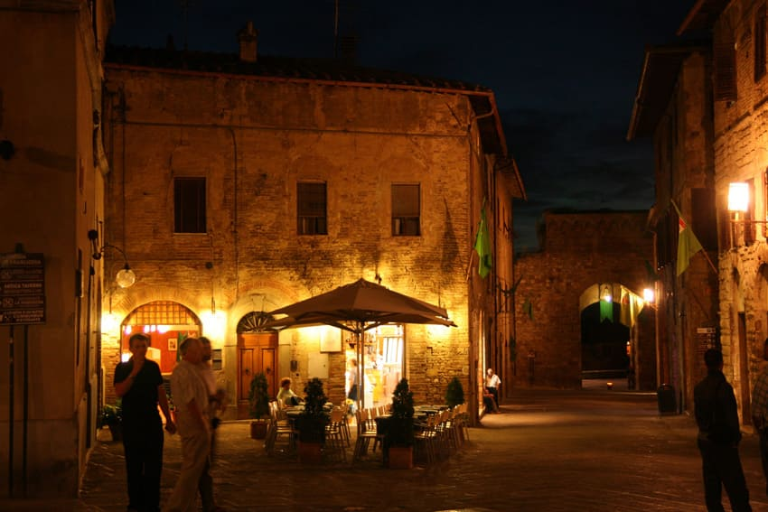 bike tours in san gimignano