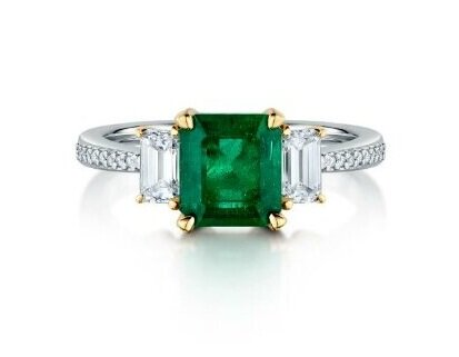 Emerald+and+Diamond+ring+by+Christopher+Stoner