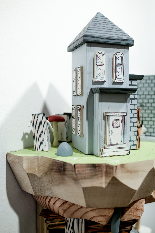 Contemporary sculptures by artist Luke O'Sullivan