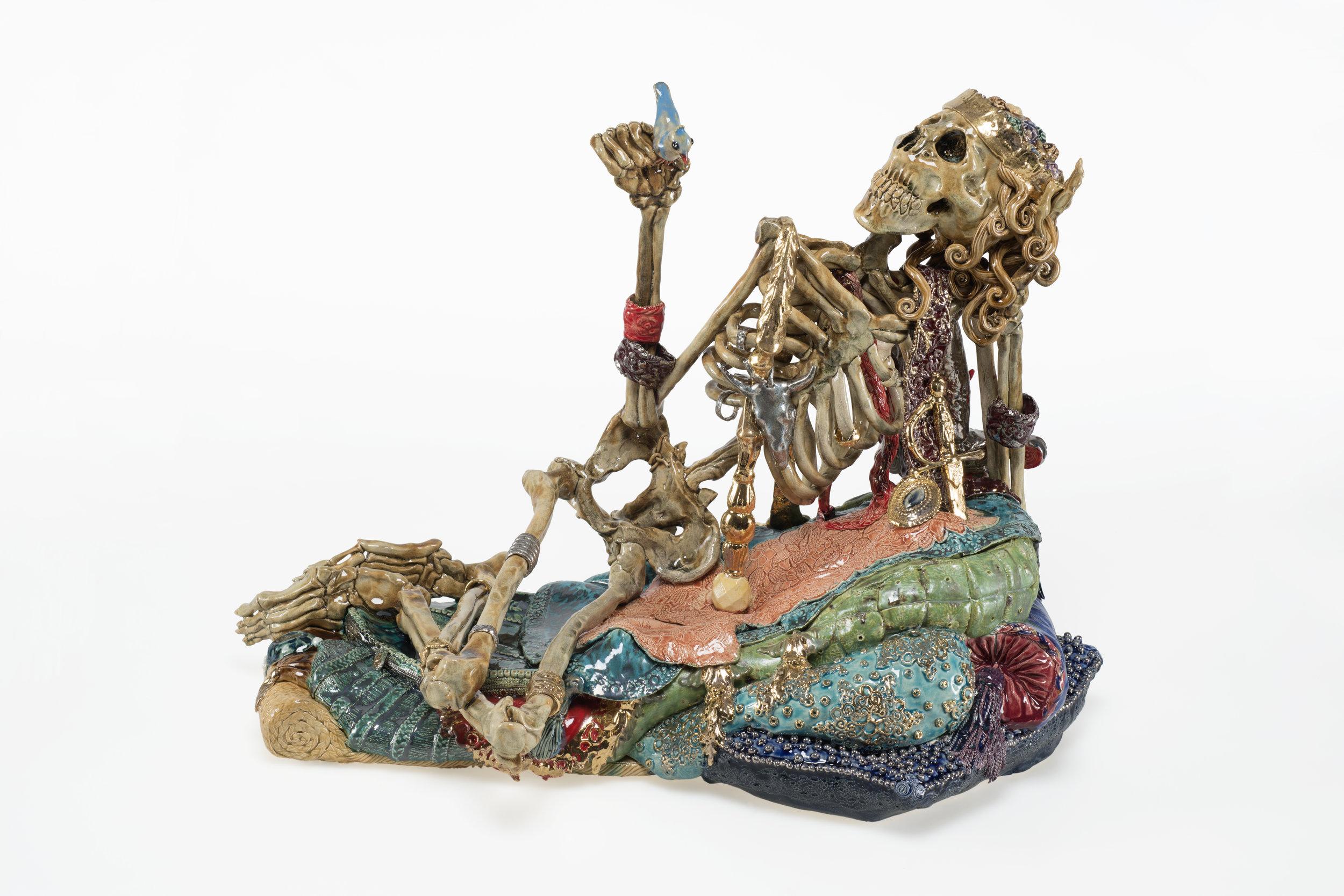 Carolein Smit - Skelet met blauw vogeltje.jpg