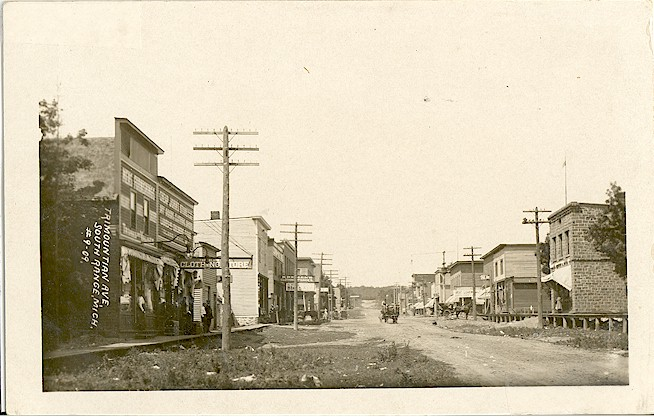 Early_South_Range_Main_Street.jpg