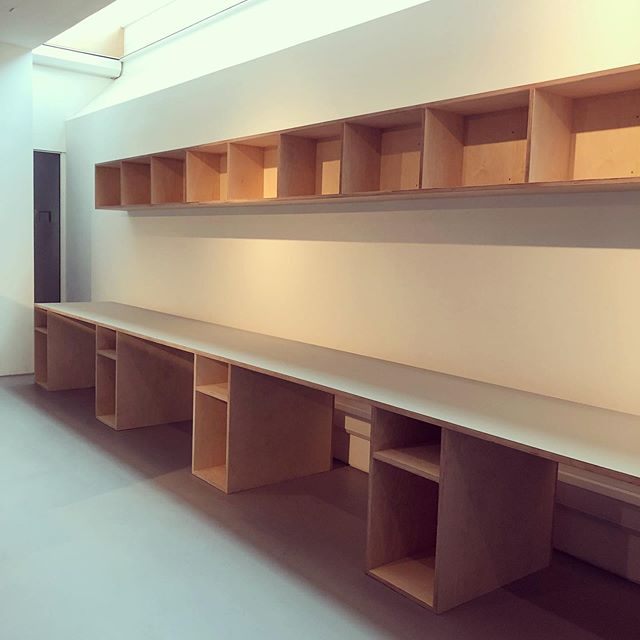 Contemporary Arts Society. Birch ply and Forbo veneered ply. #plywoodfurniture #officedecor #bespoke #london #craft #carpentry #plywood #forbo #shelves