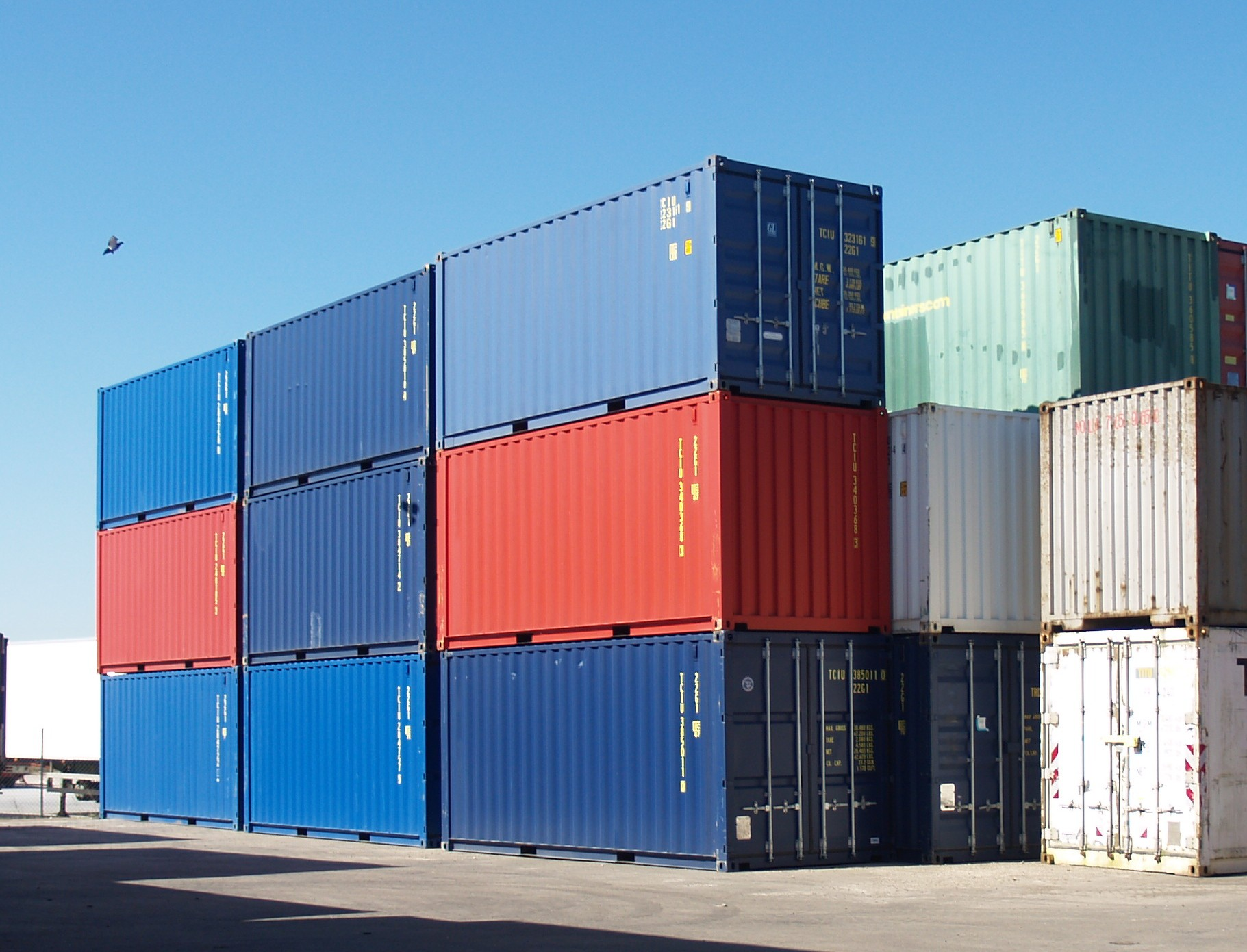 new_20_containers.jpg