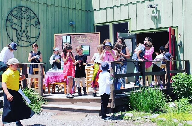 Day 3 of our #waldorf100windows campaign shows a gathering for a school play on the door steps of the #Ithaca #Waldorf School! Come join in on the fun! Tag @ithacawaldorf and hashtag #Waldorf100 #Waldorf100Windows #Ithaca #Waldorf. // We believe that this is #whywaldorfworks // Greetings @liveoakwaldorfschool @river.valley.waldorf.school @londonwaldorfschool