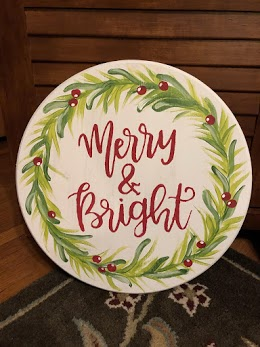 Option to design your Merry and Bright artwork on a pallet.