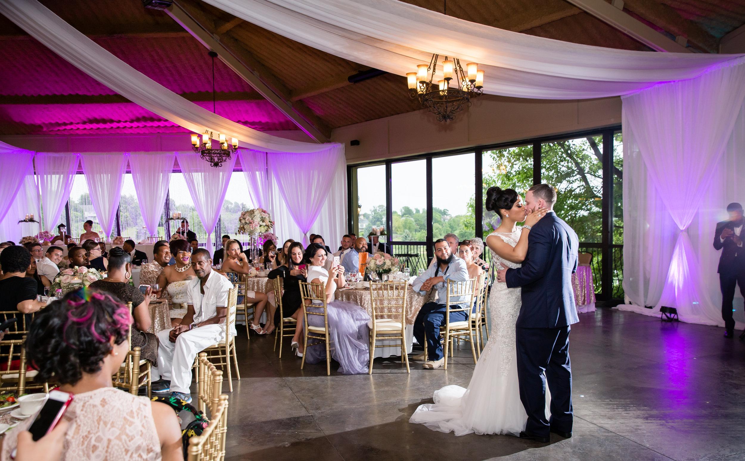 Harrisburg-PA-Wedding-Photographer_Photography-by-Erin-Leigh_23.jpg