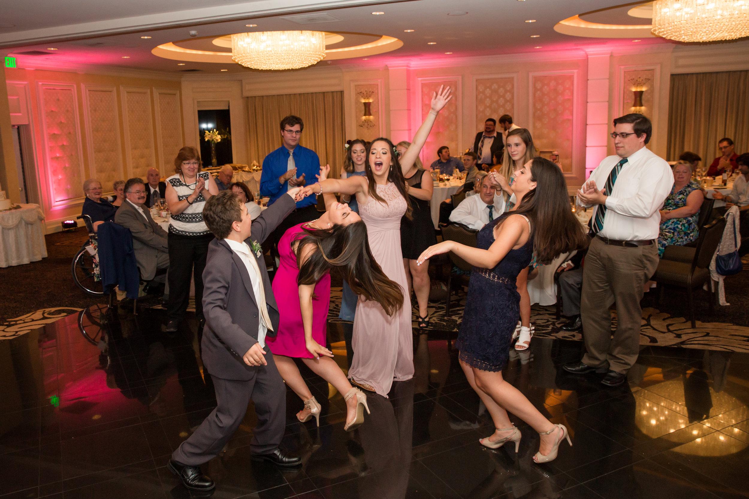 Harrisburg-PA-Wedding-Photographer_Photography-by-Erin-Leigh_31.jpg