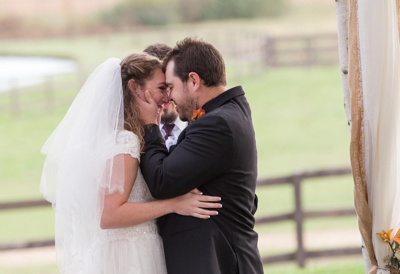 Harrisburg-PA-Wedding-Photographer_Photography-by-Erin-Leigh_10.jpg