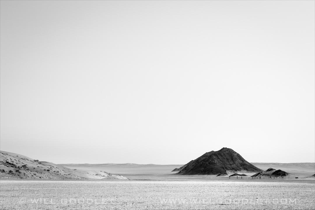 D707, Namibia. Black Hills