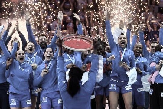 handball-euro-feminin-2018-la-france-triomphe-en-finale-face-la-russie.jpg