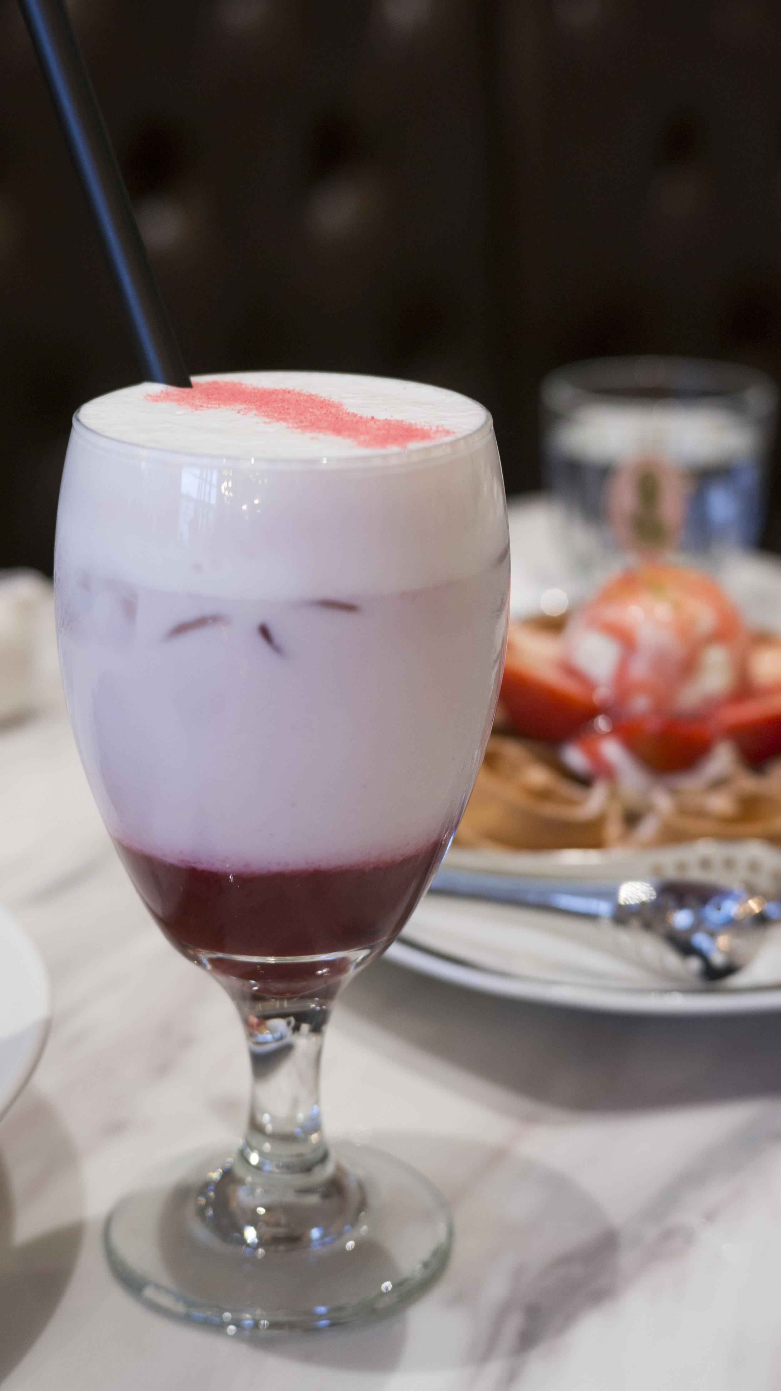 Mixed Berry Au Lait | $7