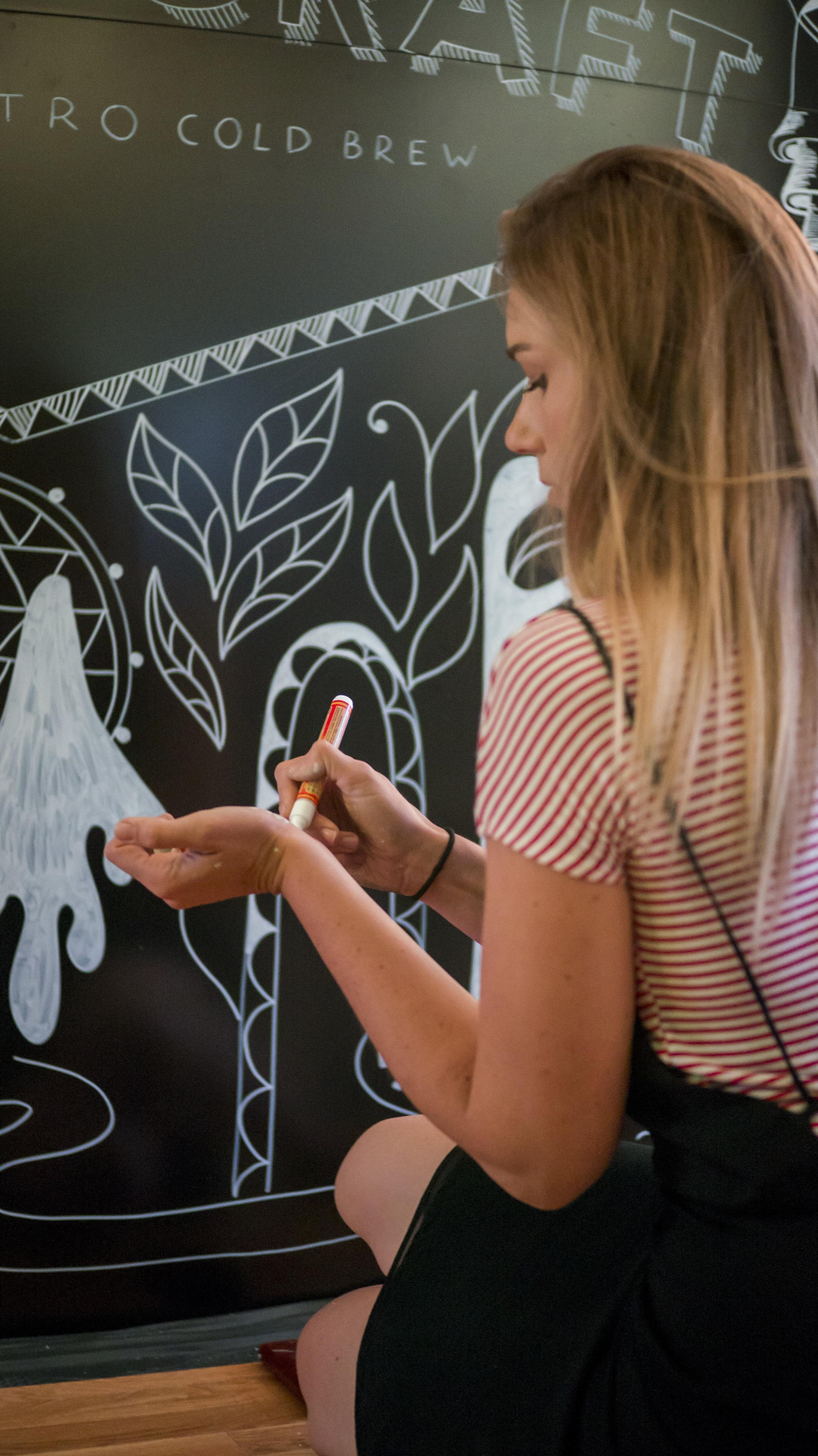 Ola Volo   Live Mural