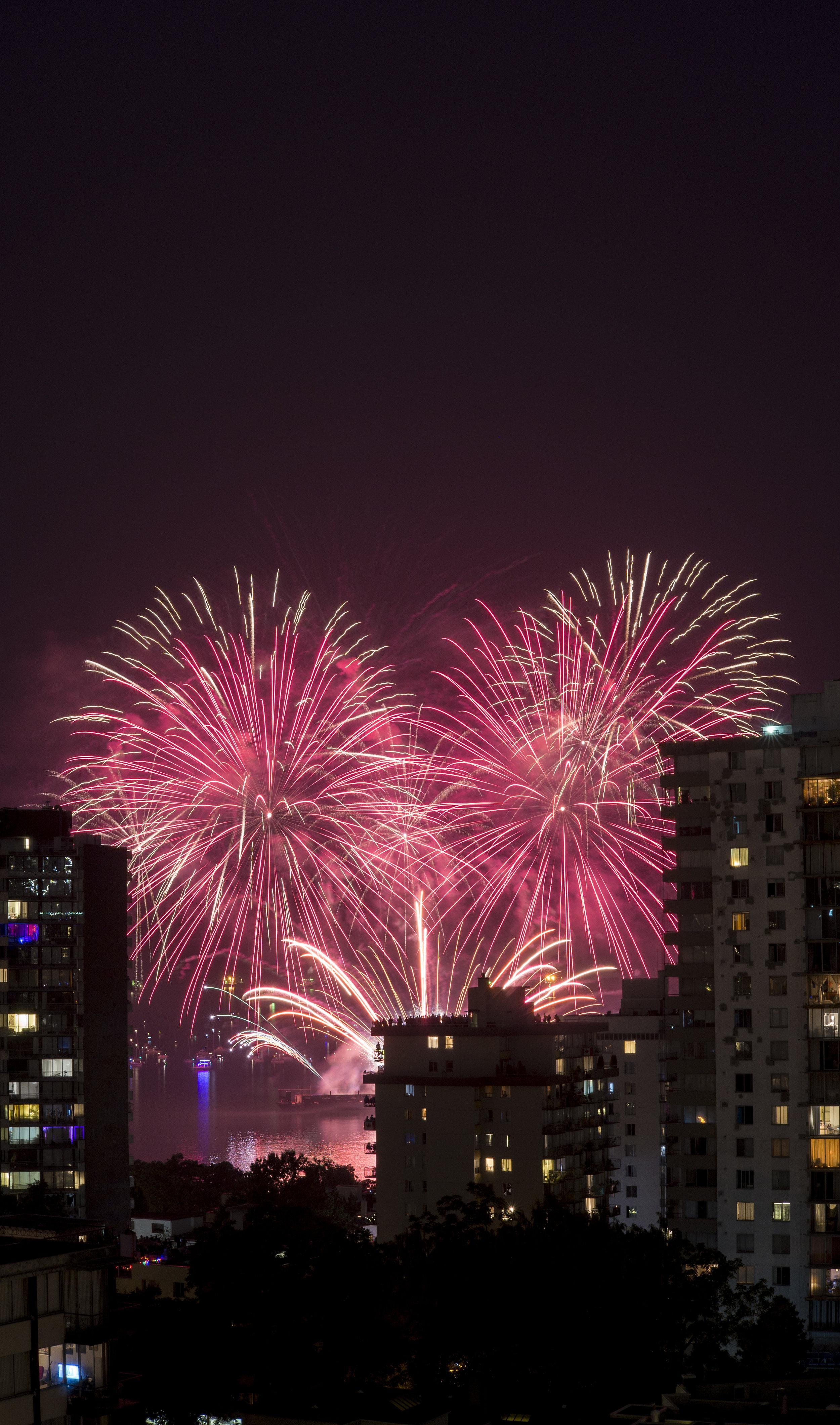 fireworks_canada.1003.jpg