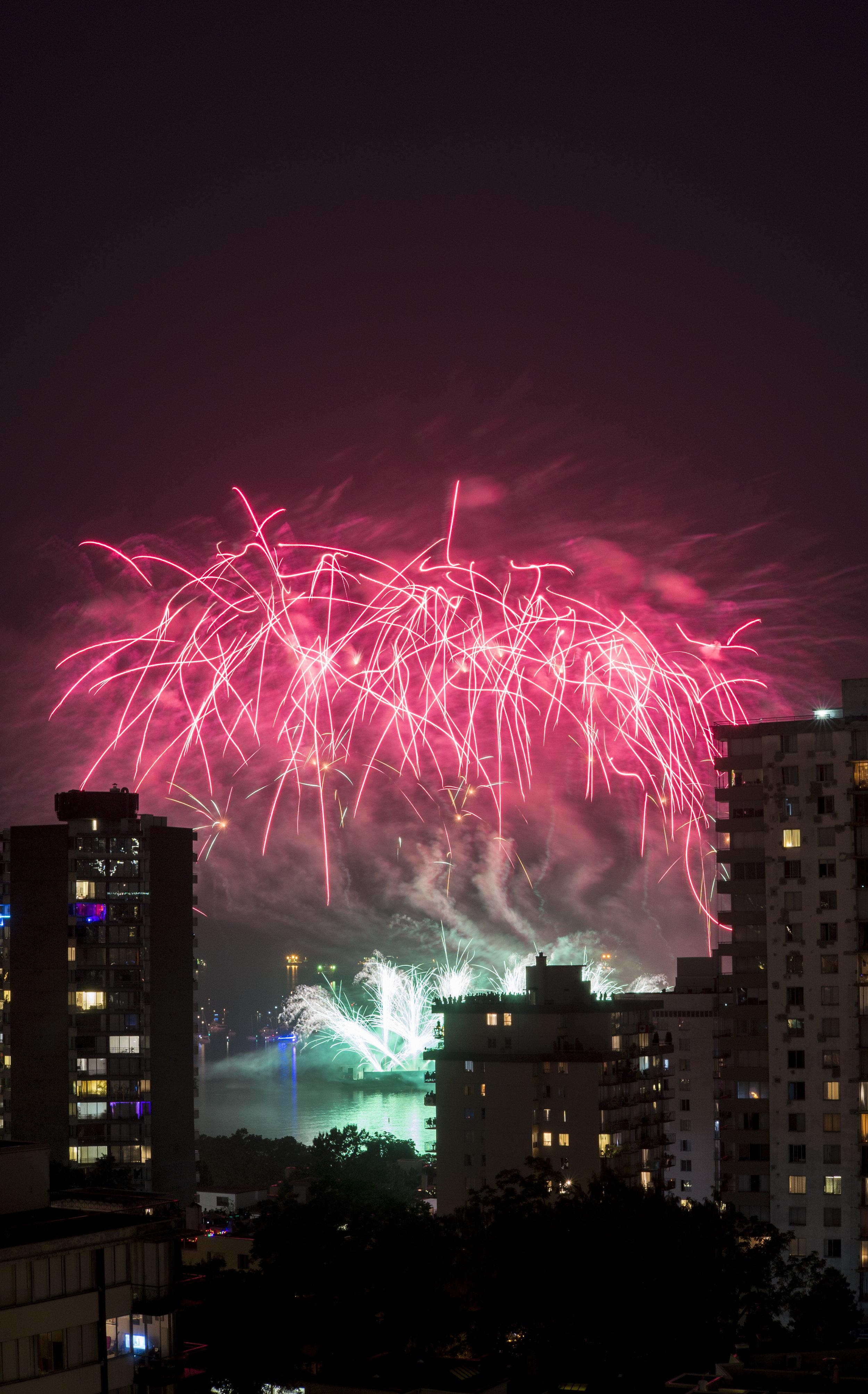 fireworks_canada.1006.jpg