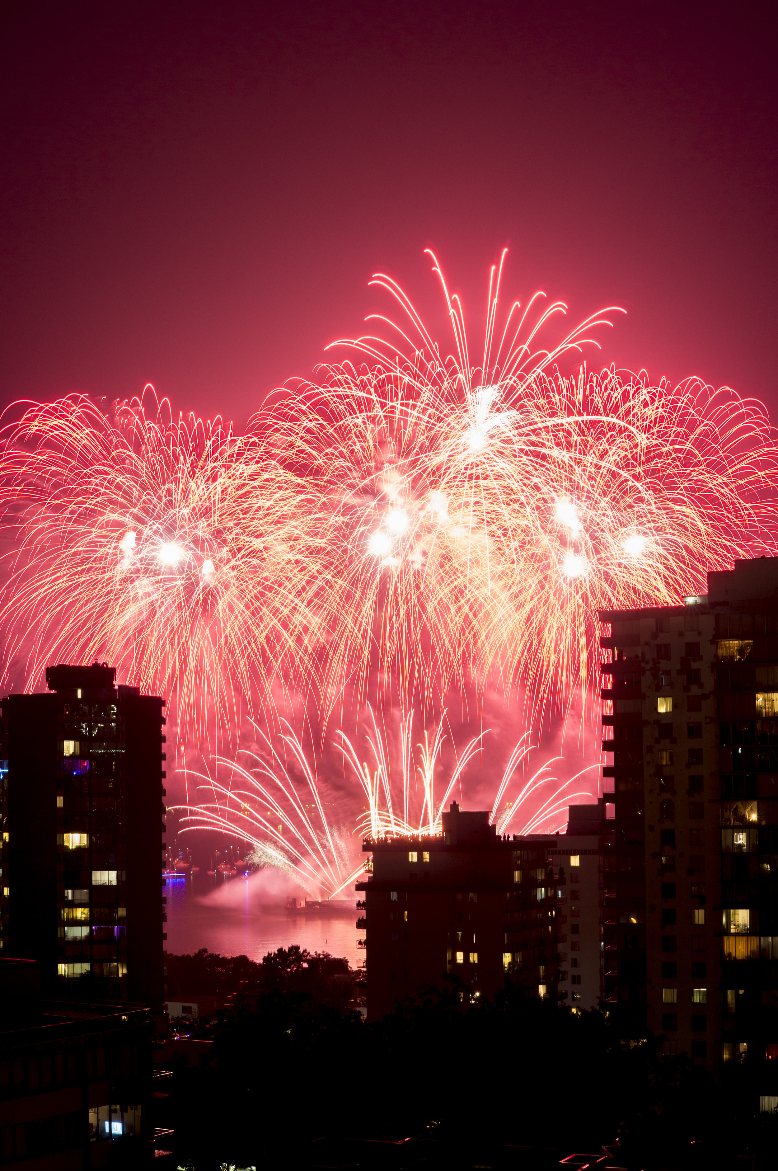 fireworks_canada.1005.jpg