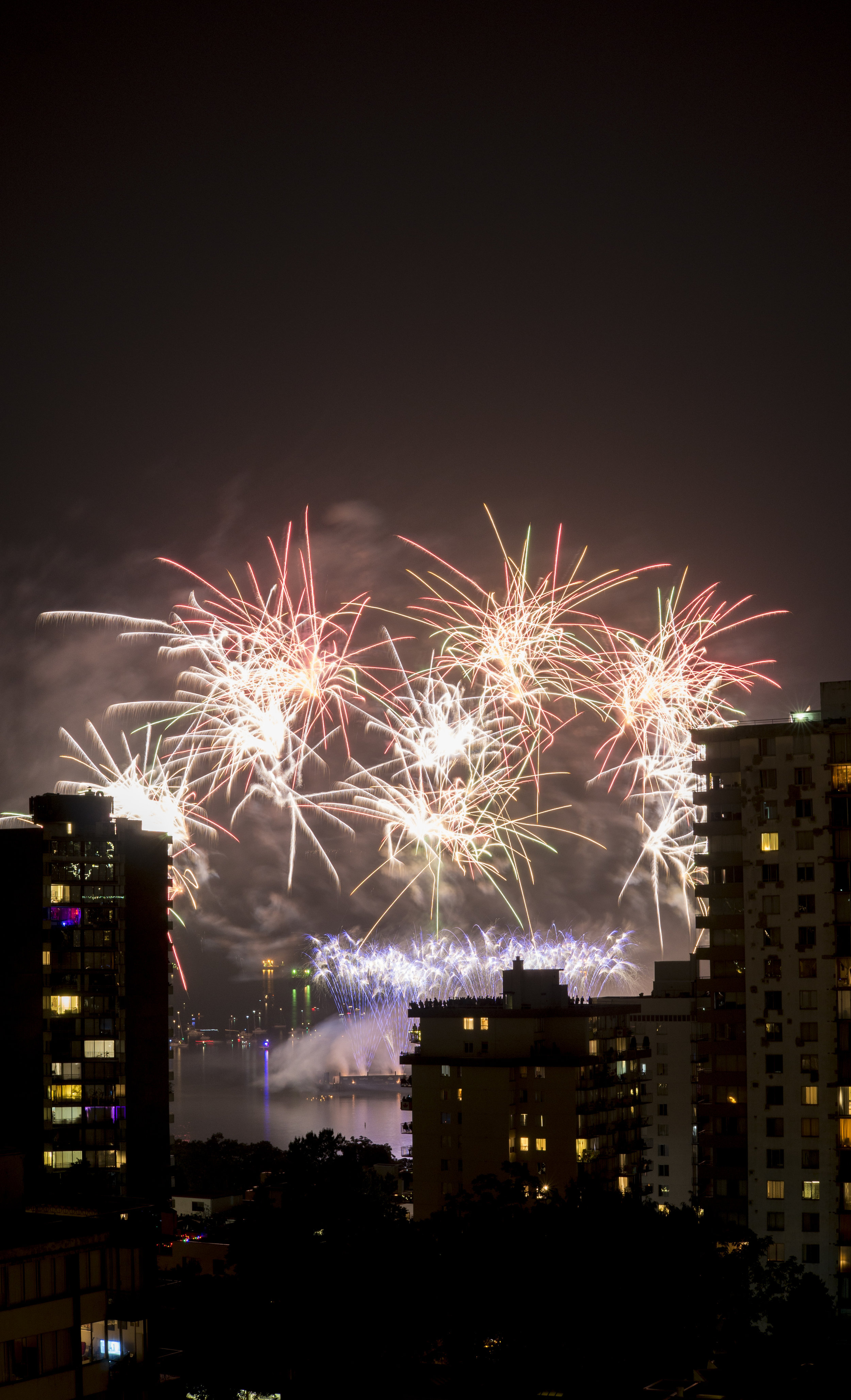 fireworks_canada.1007.jpg