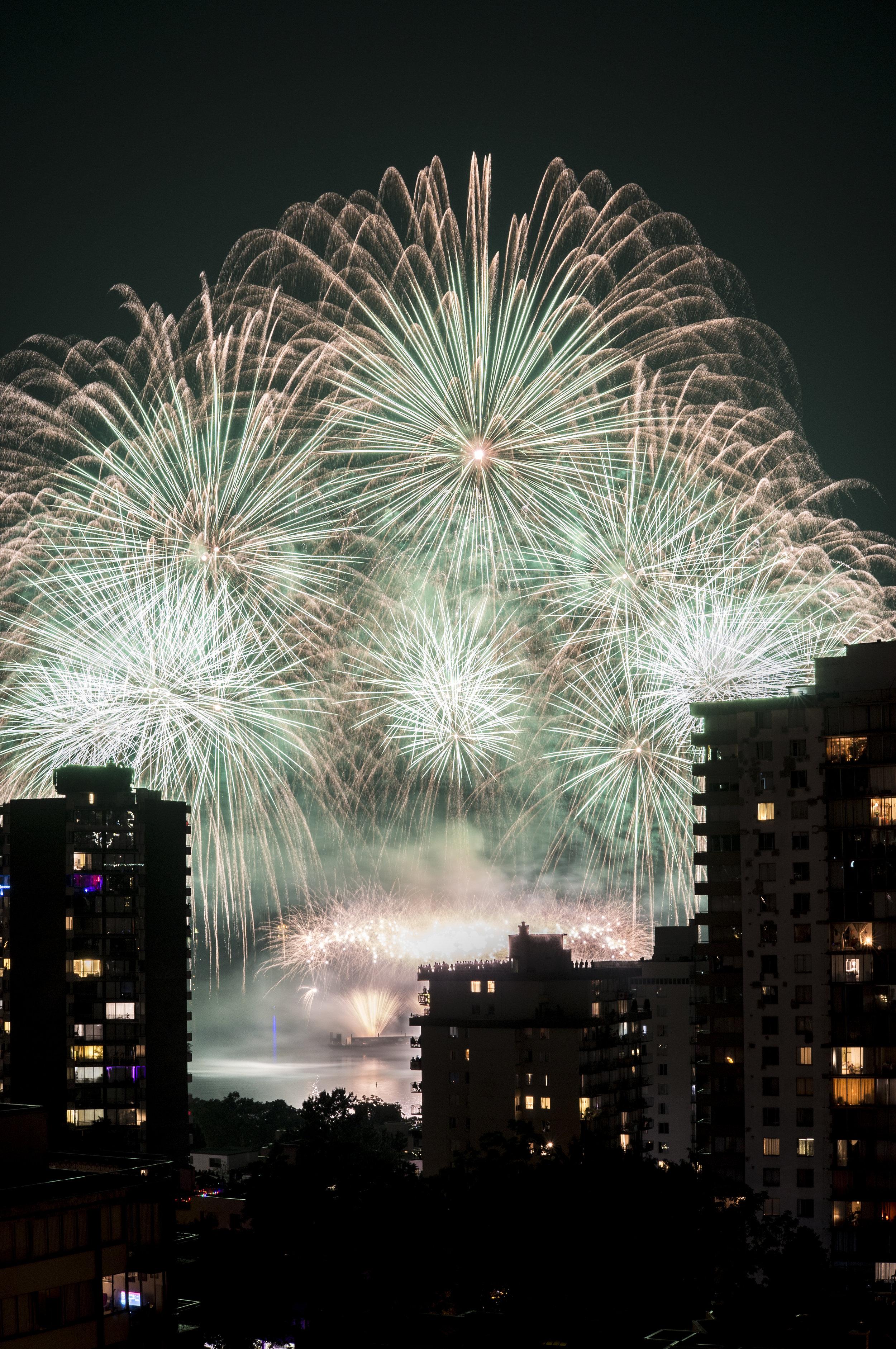 fireworks_canada.1020.jpg