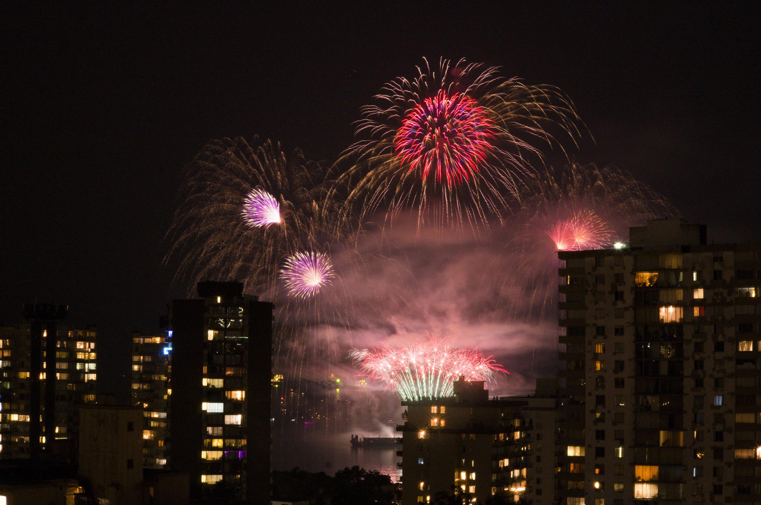 fireworks_uk.1004.jpg