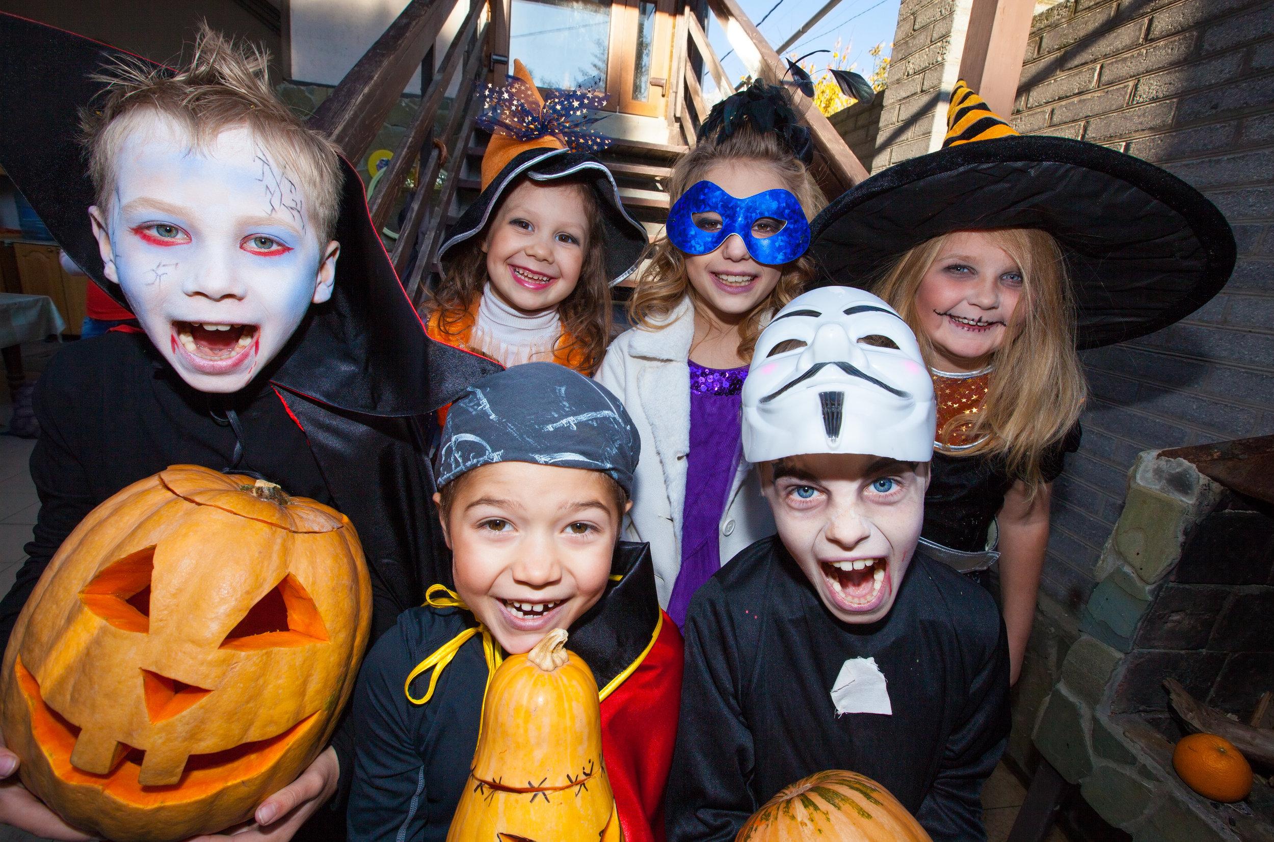 Halloween kids on steps.jpg