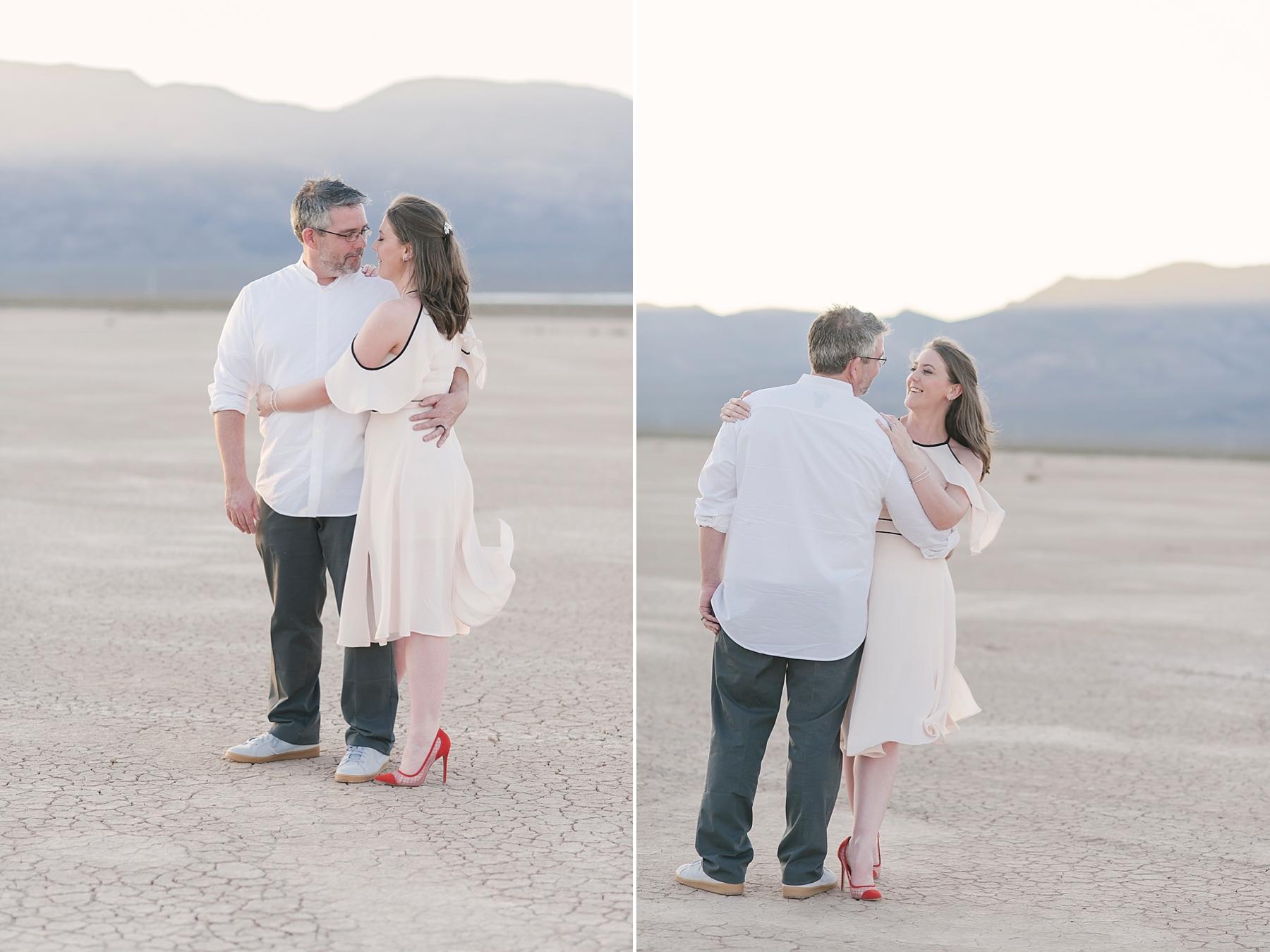 Las_vegas_desert_dry_lake_bed_elopement-7.jpg