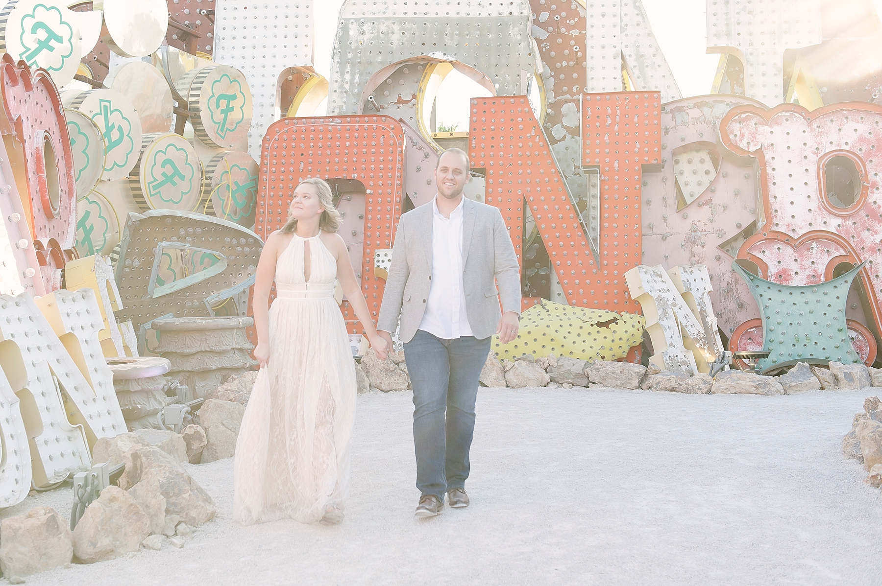 Neon_Museum_Downtown_Las_Vegas_elopement_photos-5.jpg