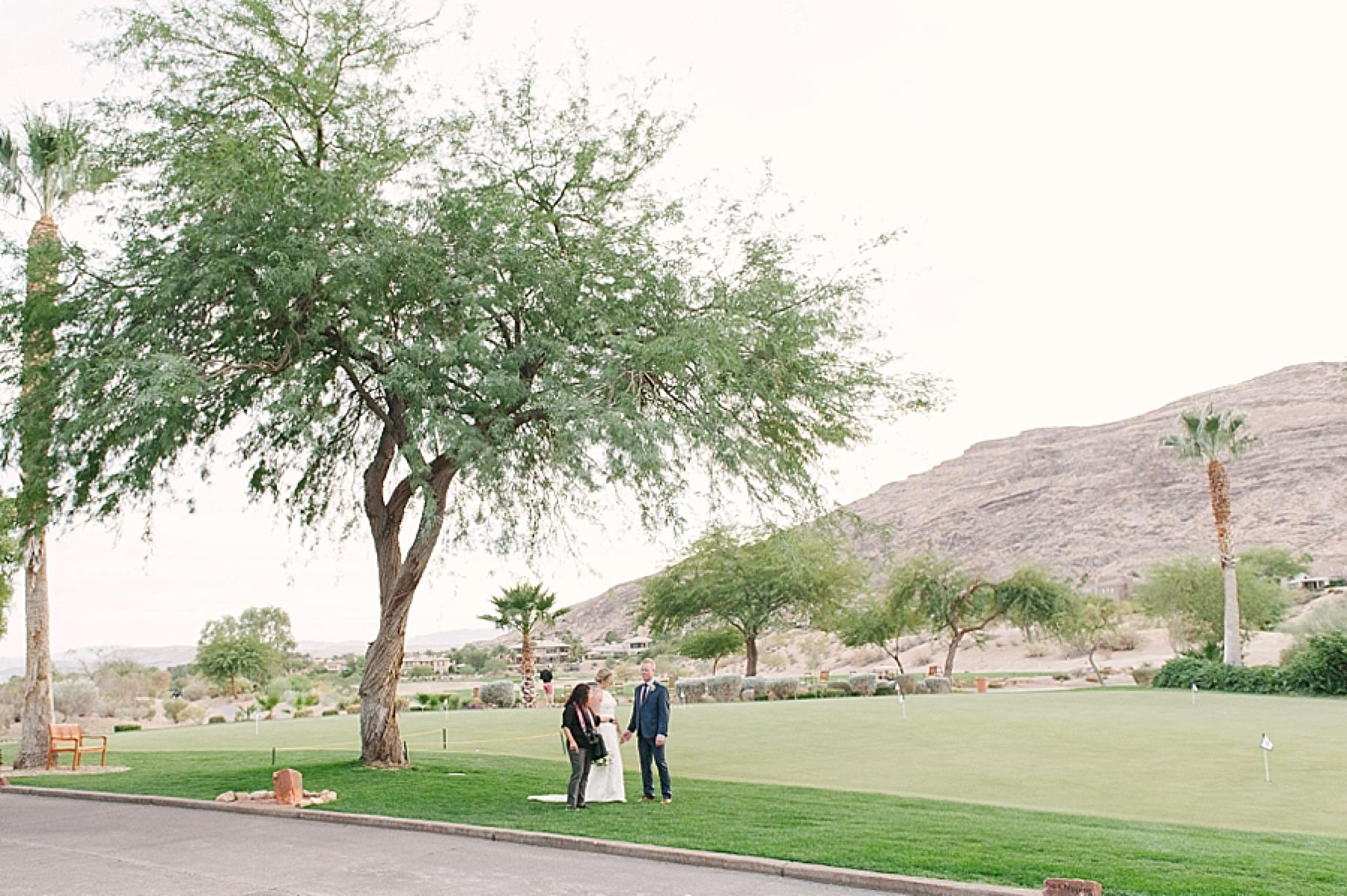 las_vegas_wedding_photographers_behind_the_scenes-06-2.jpg