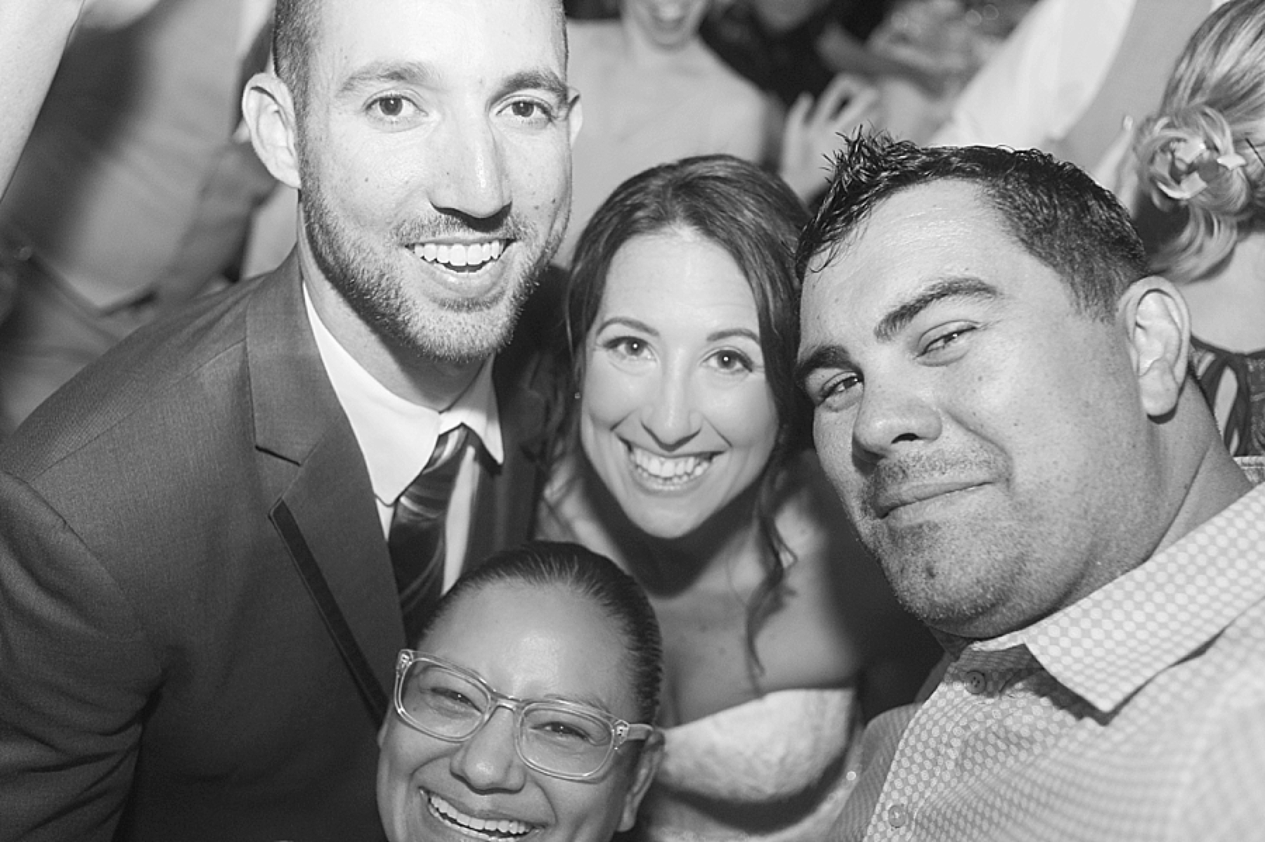 las_vegas_wedding_photographers_behind_the_scenes-06-4.jpg