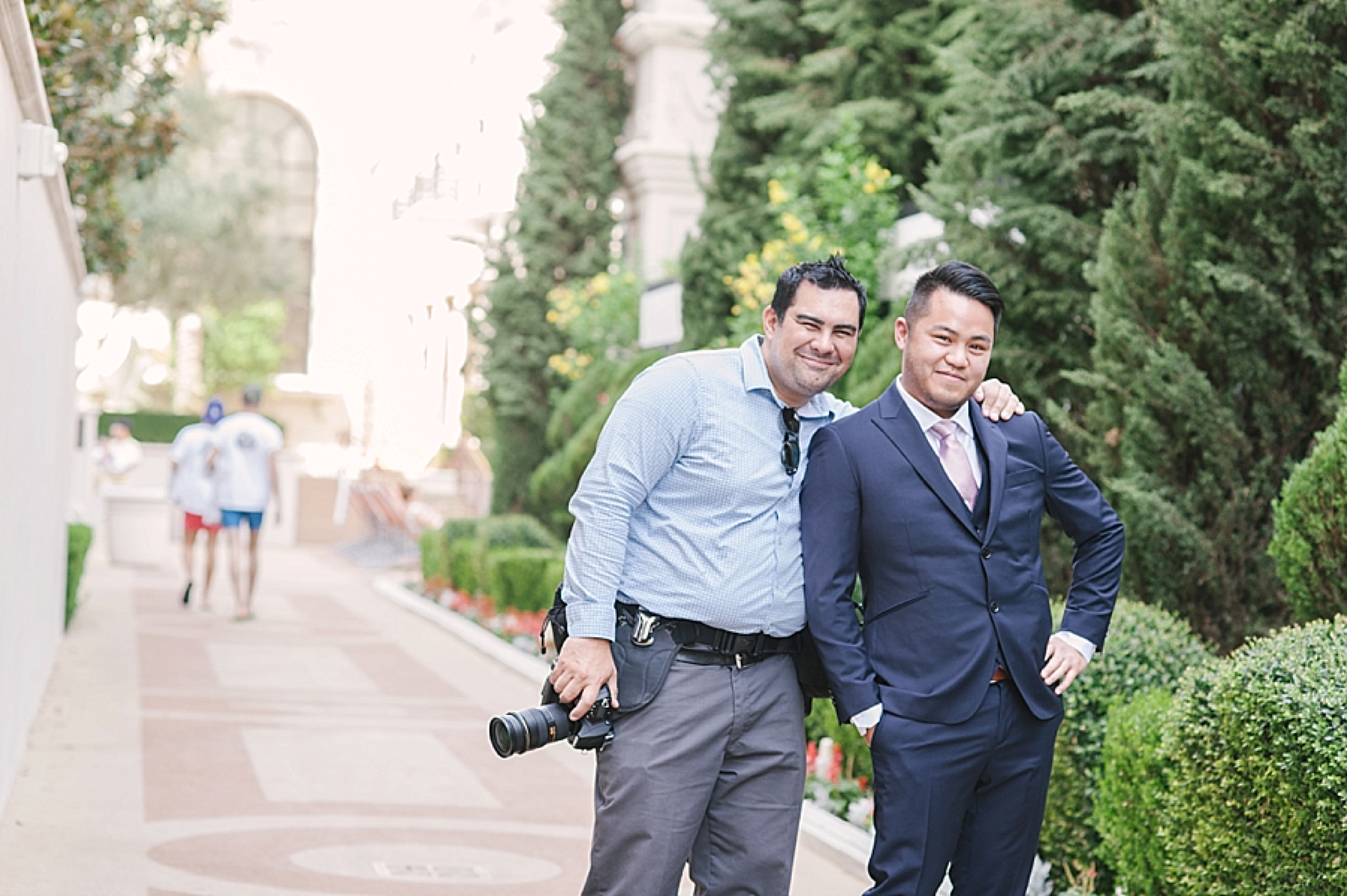 las_vegas_wedding_photographers_behind_the_scenes-03-5.jpg