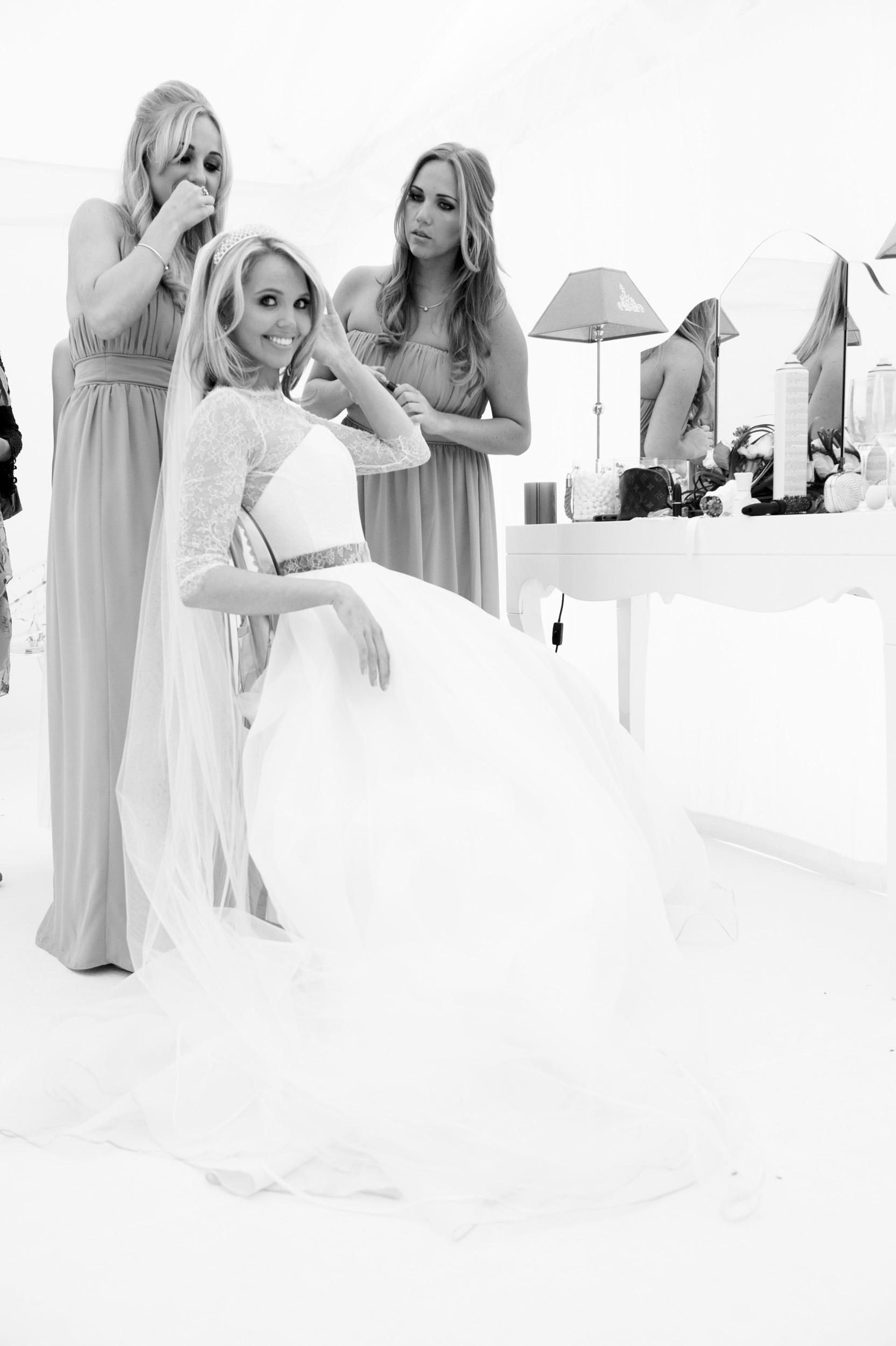 wedding-bride-getting-ready-1.jpg
