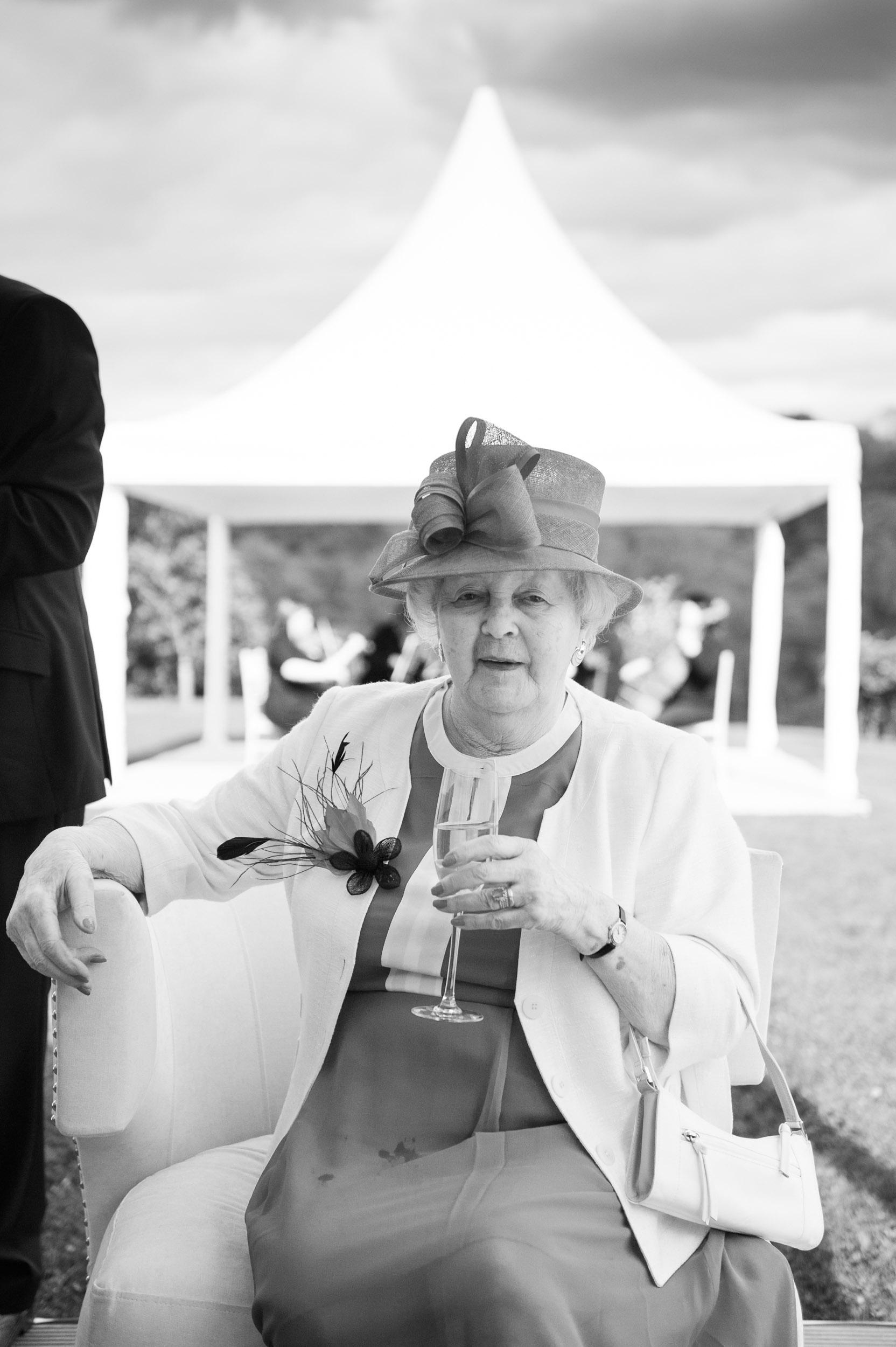 wedding-guest-4.jpg