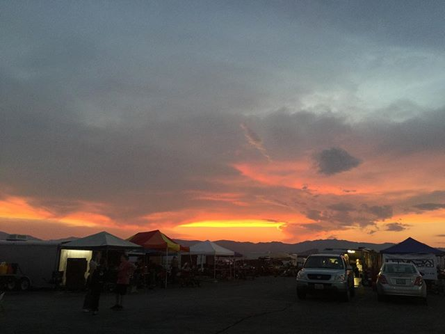 Last nights sunset 🌄 thank you to everyone that came out! It was a great race!! #nightrace #nofilterneeded #nnkc #reno #nevada #sunset #nornev #gofast #skusa #ikf #kpx #goracing