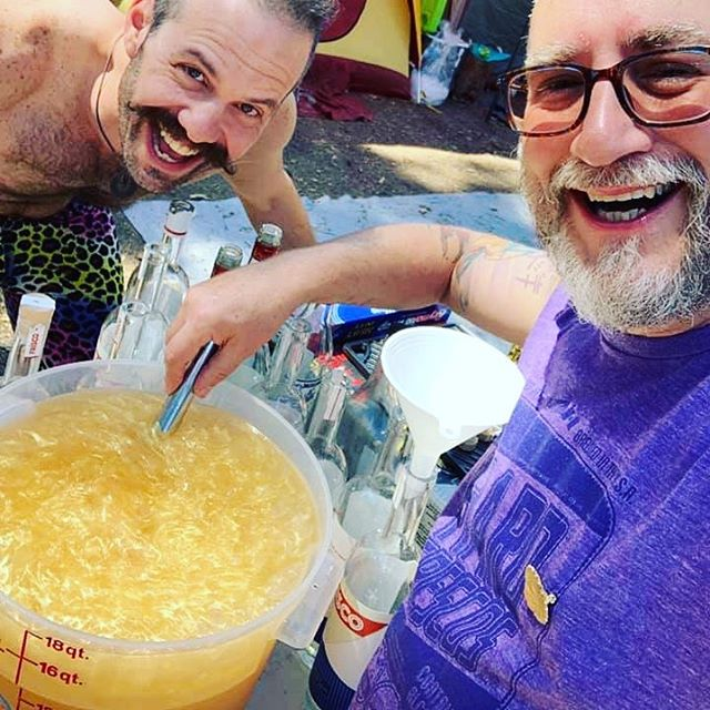 Camping with bar tenders extraordinare @juicegelf  and @chefbarkeep means amazing Frísco punch for everybody! Delight gauranteed, facial hair not required #havemorefun