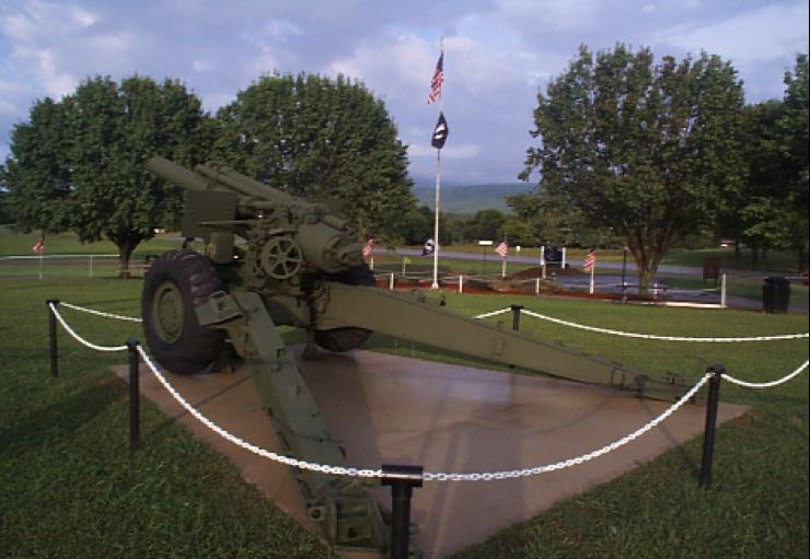Cannon-at-Veterans-Memorial-Park