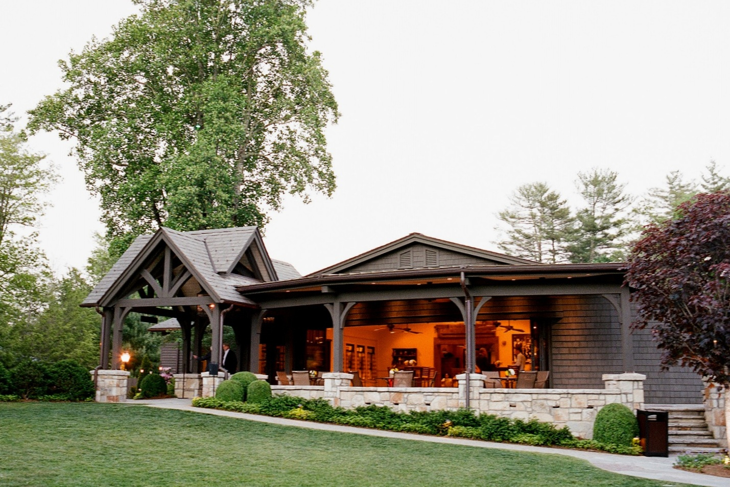 THE SPRINGHOUSE - Old Edwards Inn and Spa
