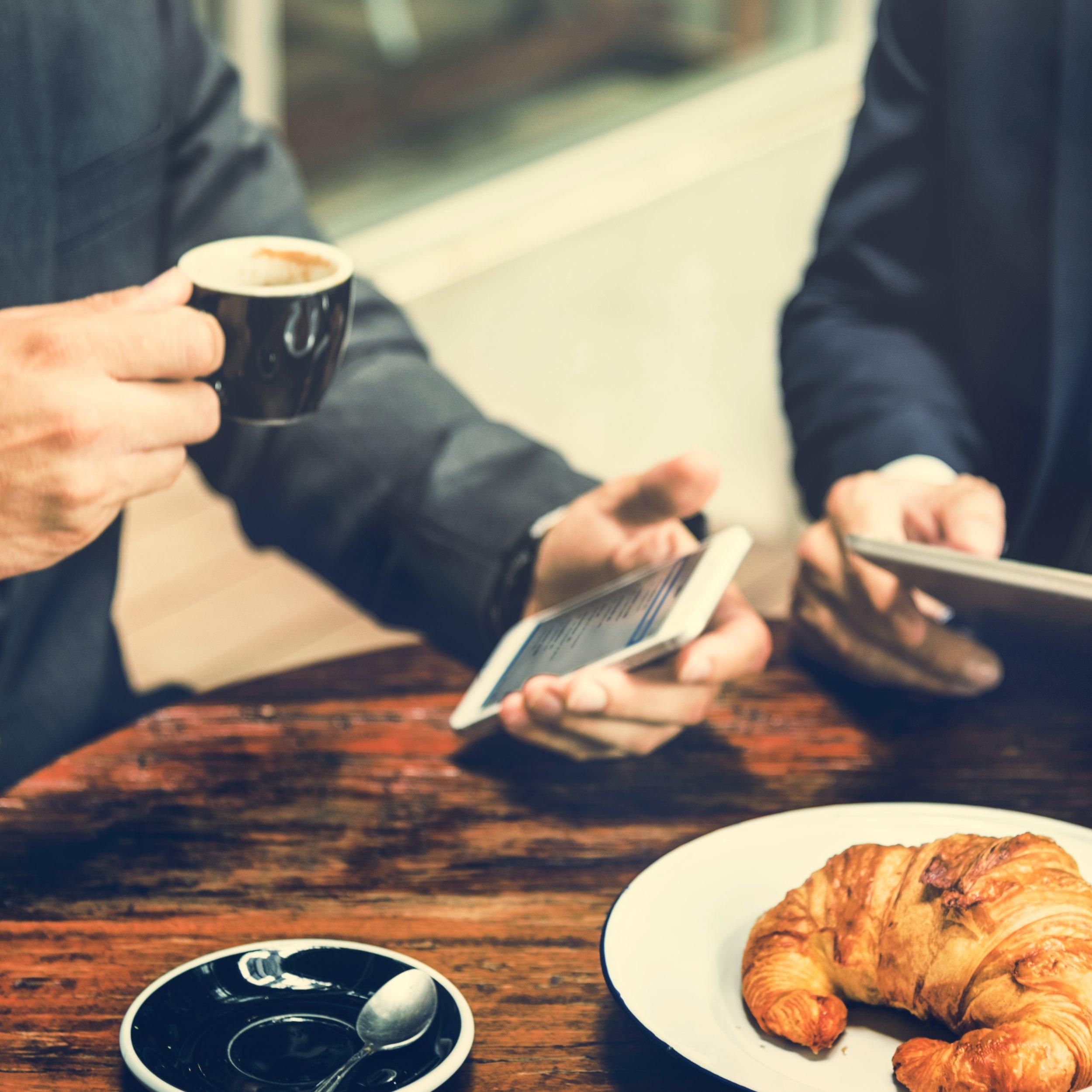 business-men-meeting-tablet-concept-PPHFVBE.jpg
