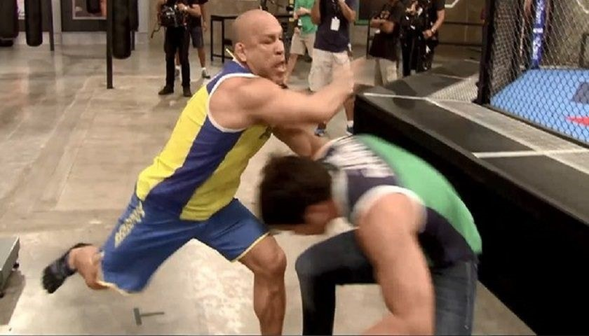 Tensions boiling over – Silva (left) Sonnen (right)