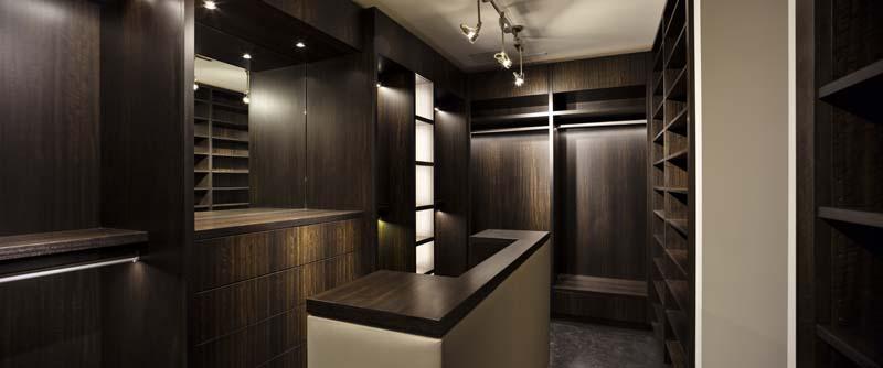 clifton-master-dressing-room_0.jpg