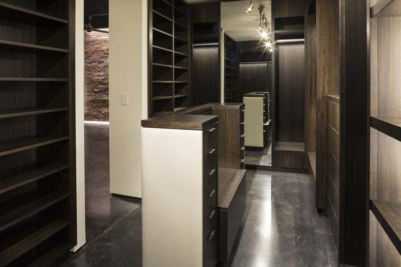 clifton-master-dressing-room2_0.jpg