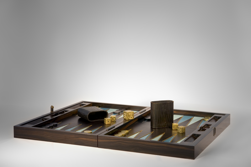 ebony-backgammon-set3_0.jpg