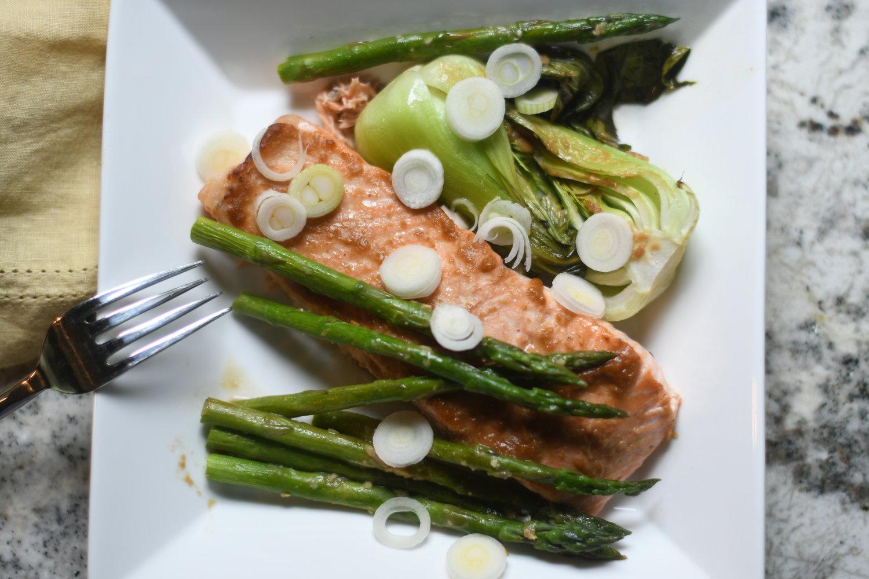 Miso+Glazed+Salmon+with+Bok+Choy+and+Asparagus.jpg