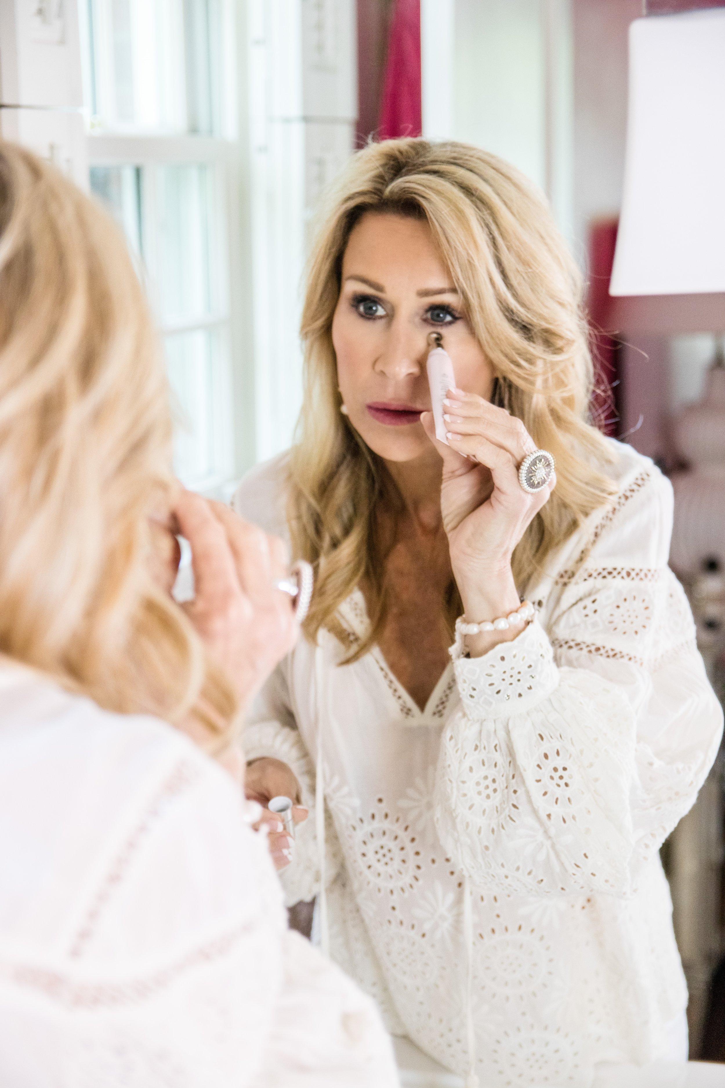 Skinn Cosmetics - Crazy Blonde Life