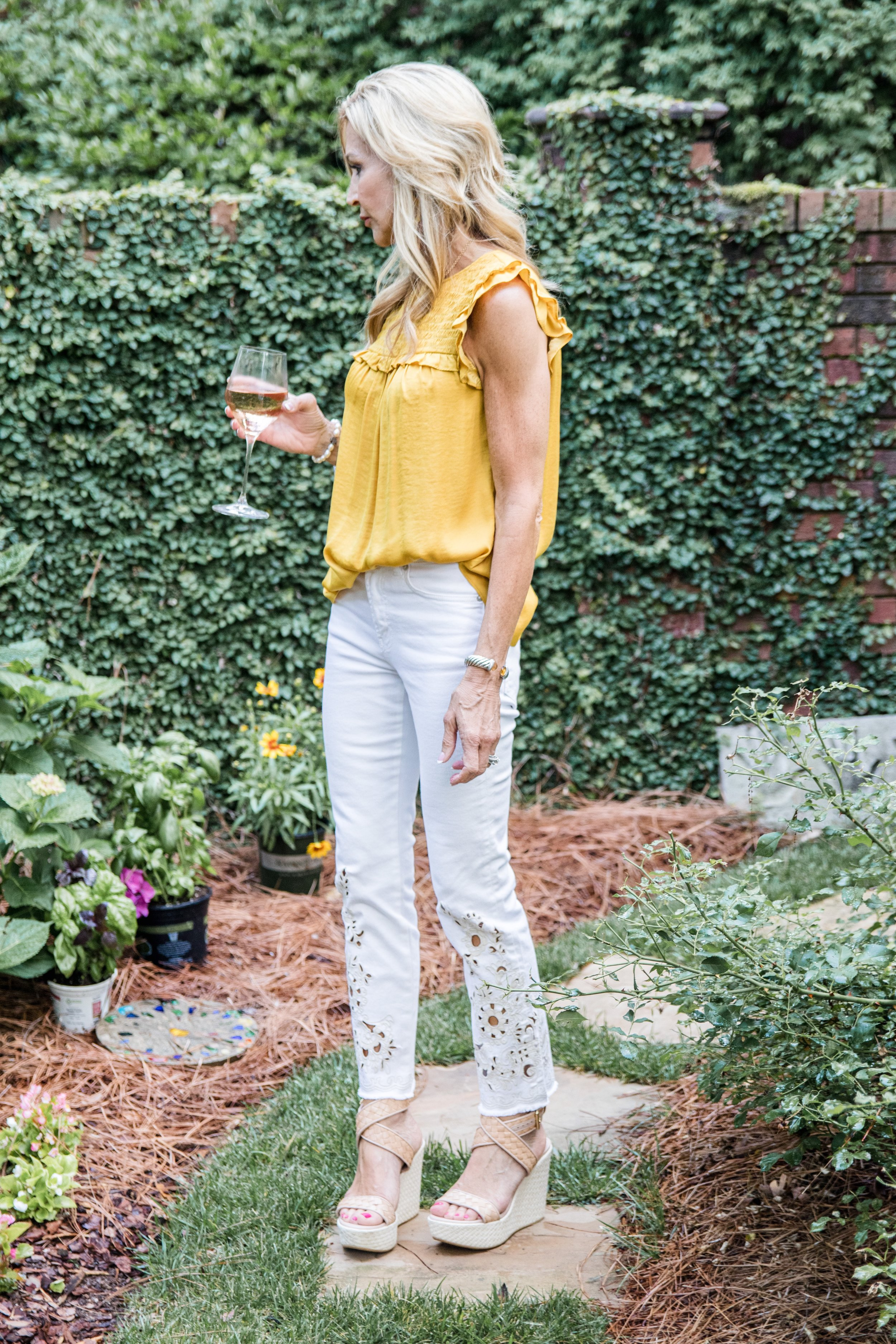 Embroidered white jeans with gold top - Crazy Blonde Life