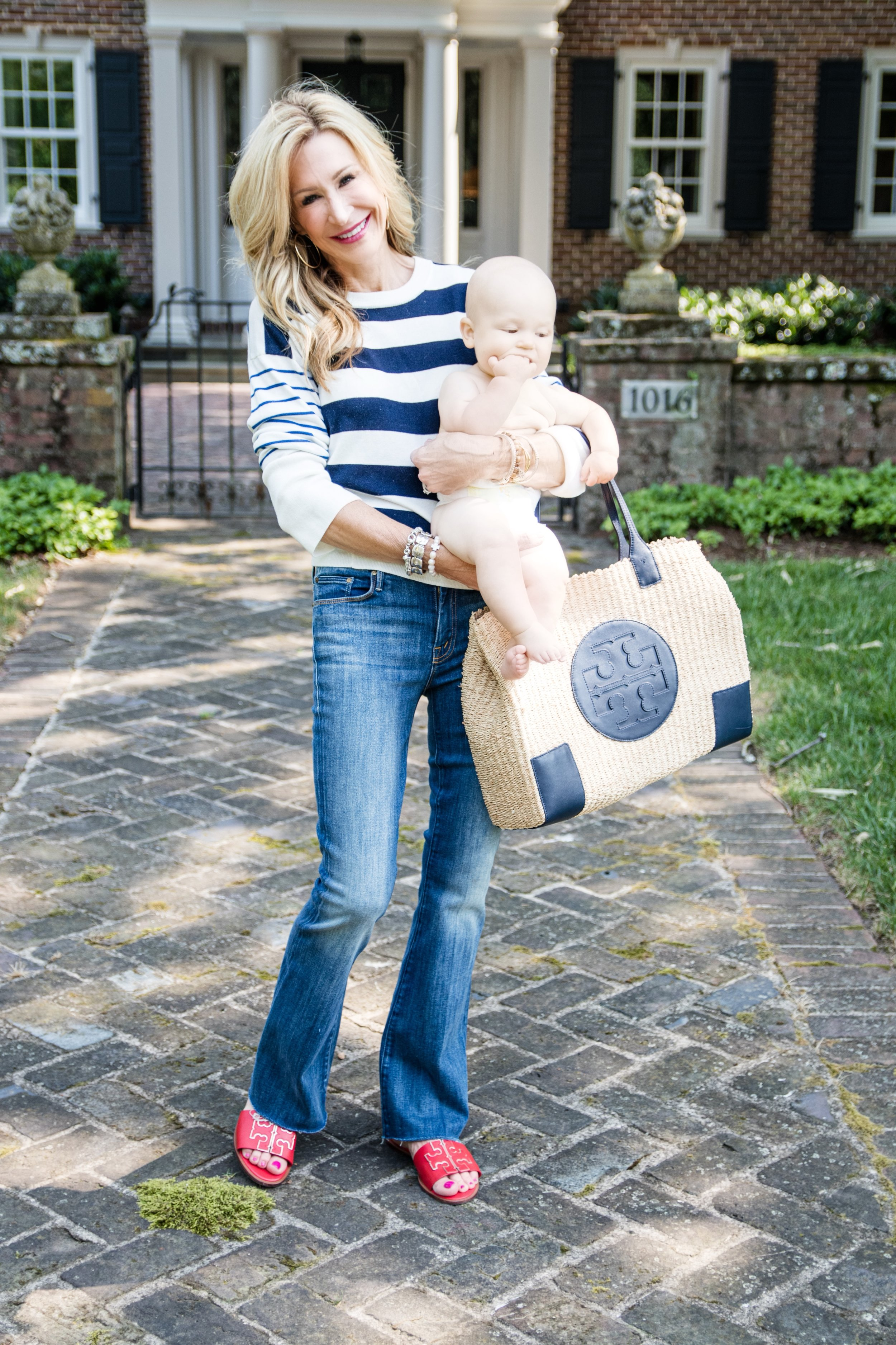 Casual Spring Outfit - Vince Sweater, Tory Burch flats and bag