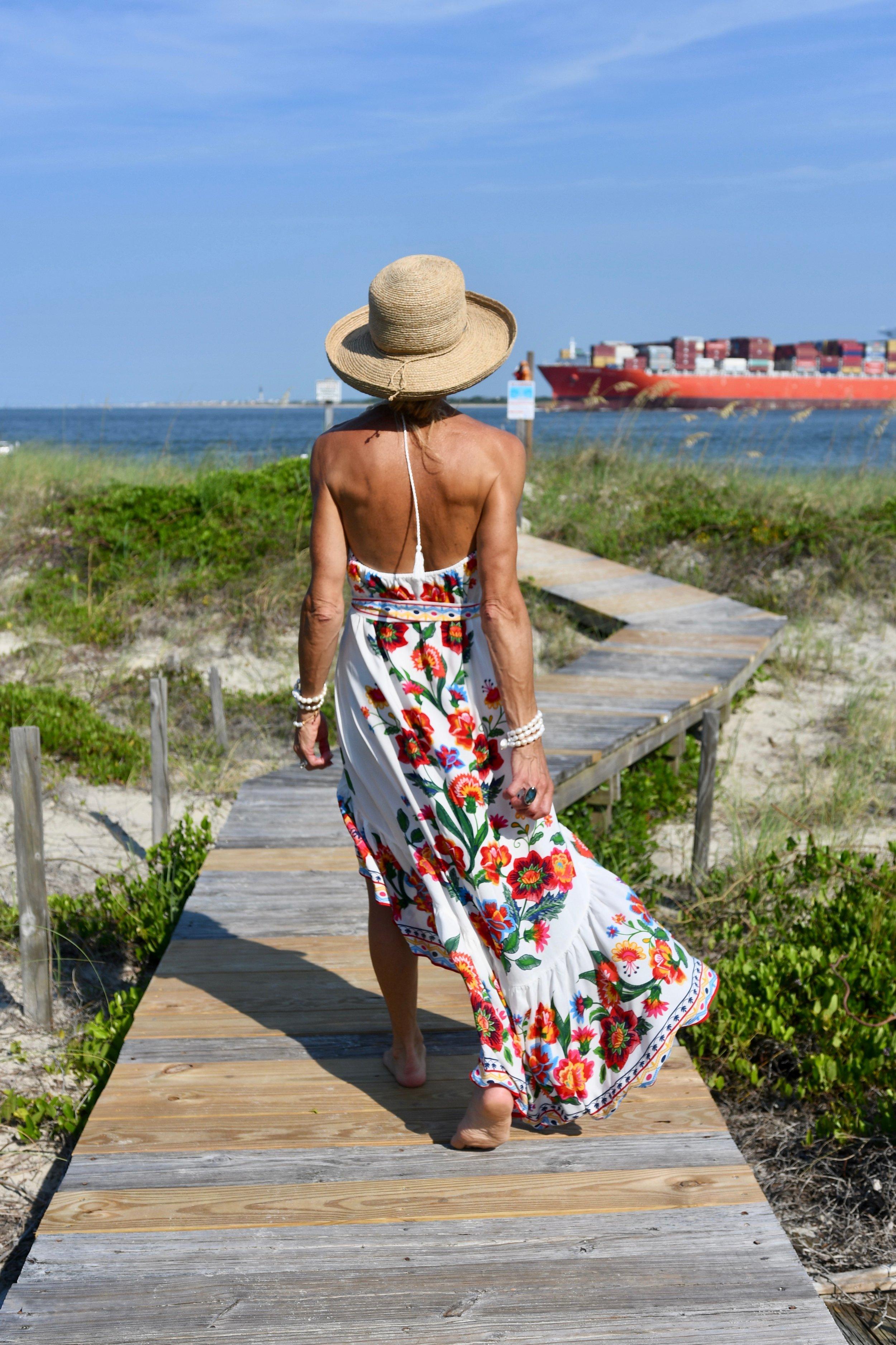 Beach Outfit Idea - Crazy Blonde Life