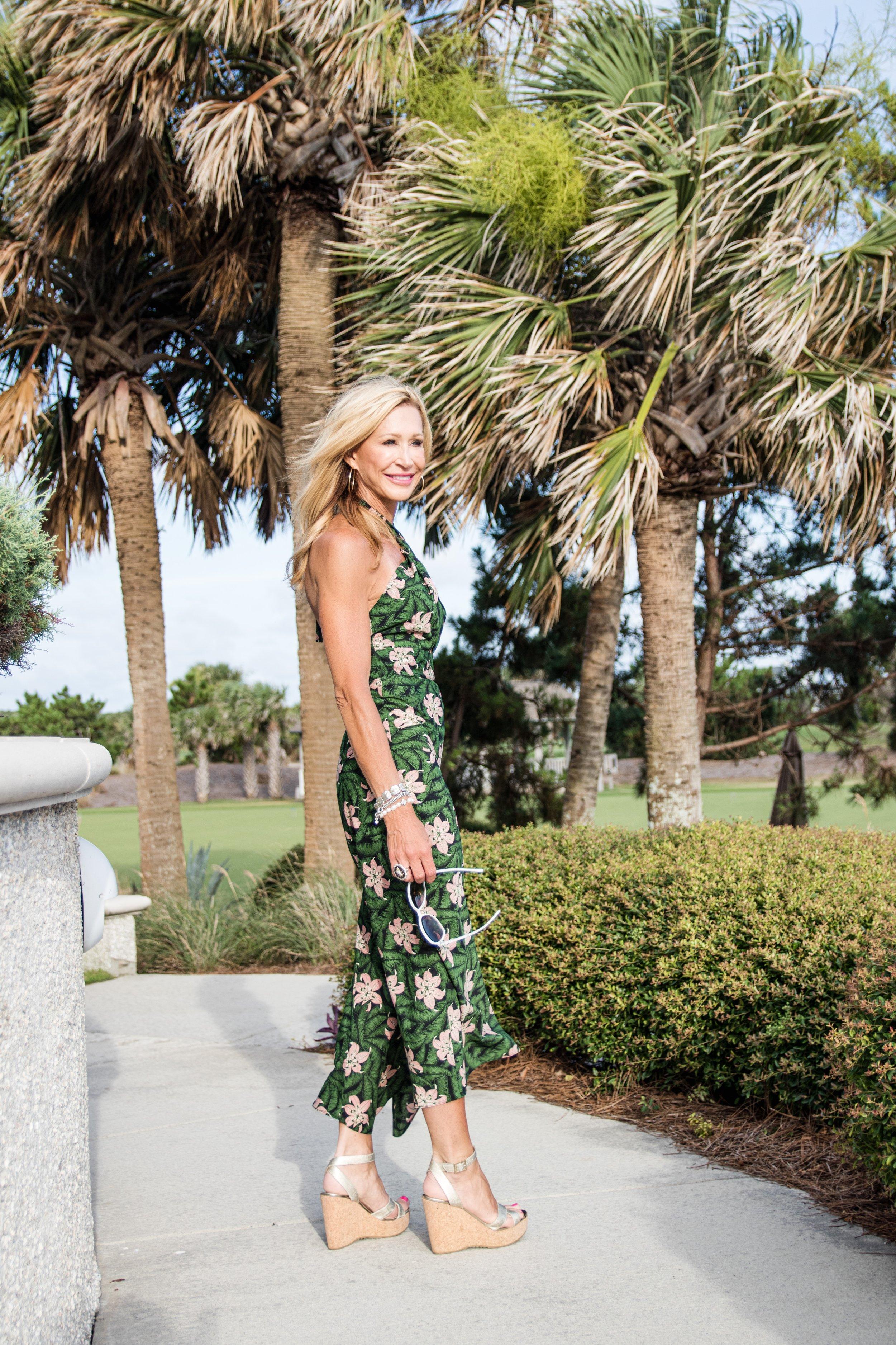 Perfect beach dress - Crazy Blonde Life