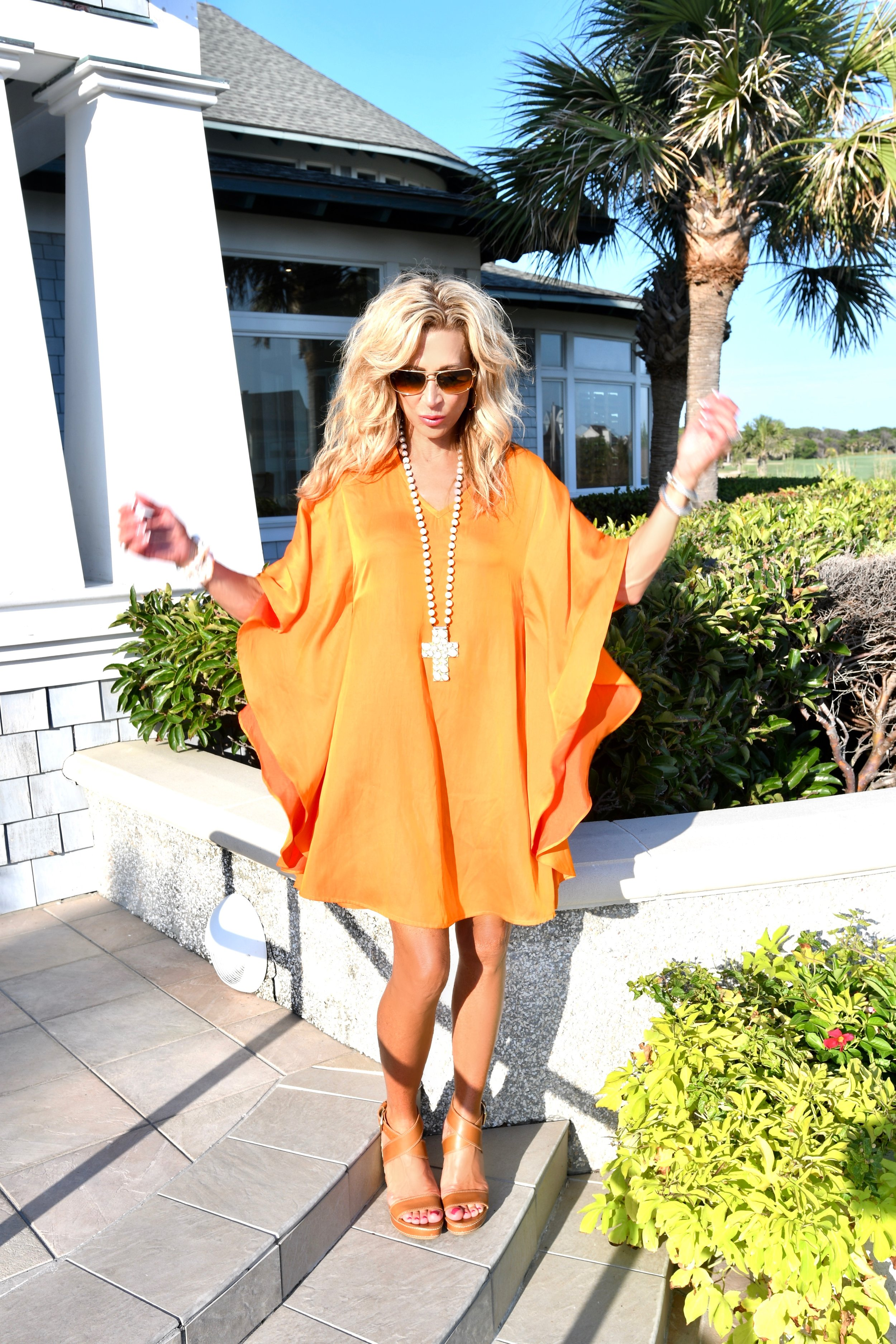 Beach Outfit Idea - Julie Miles Resort Dress & Pearls - Crazy Blonde Life