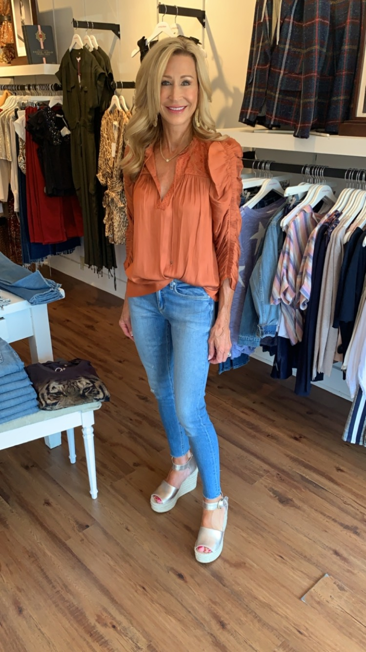 Ulla Johnson Top and Mother denim jeans - Crazy Blonde Life