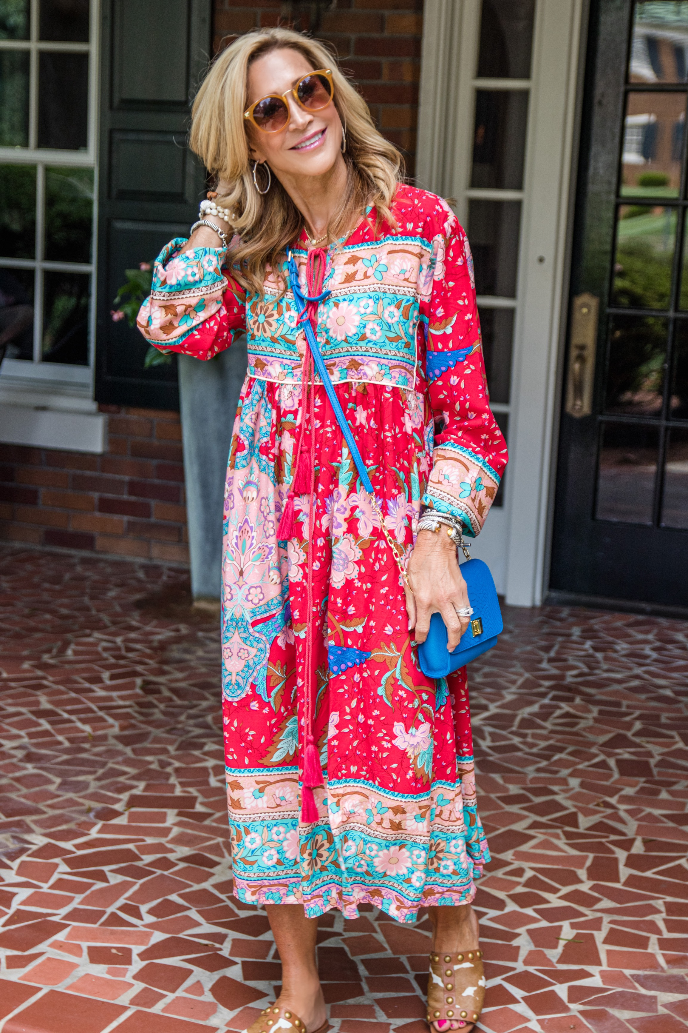 Amazon dress with Tory Burch sandals - Crazy Blonde Style