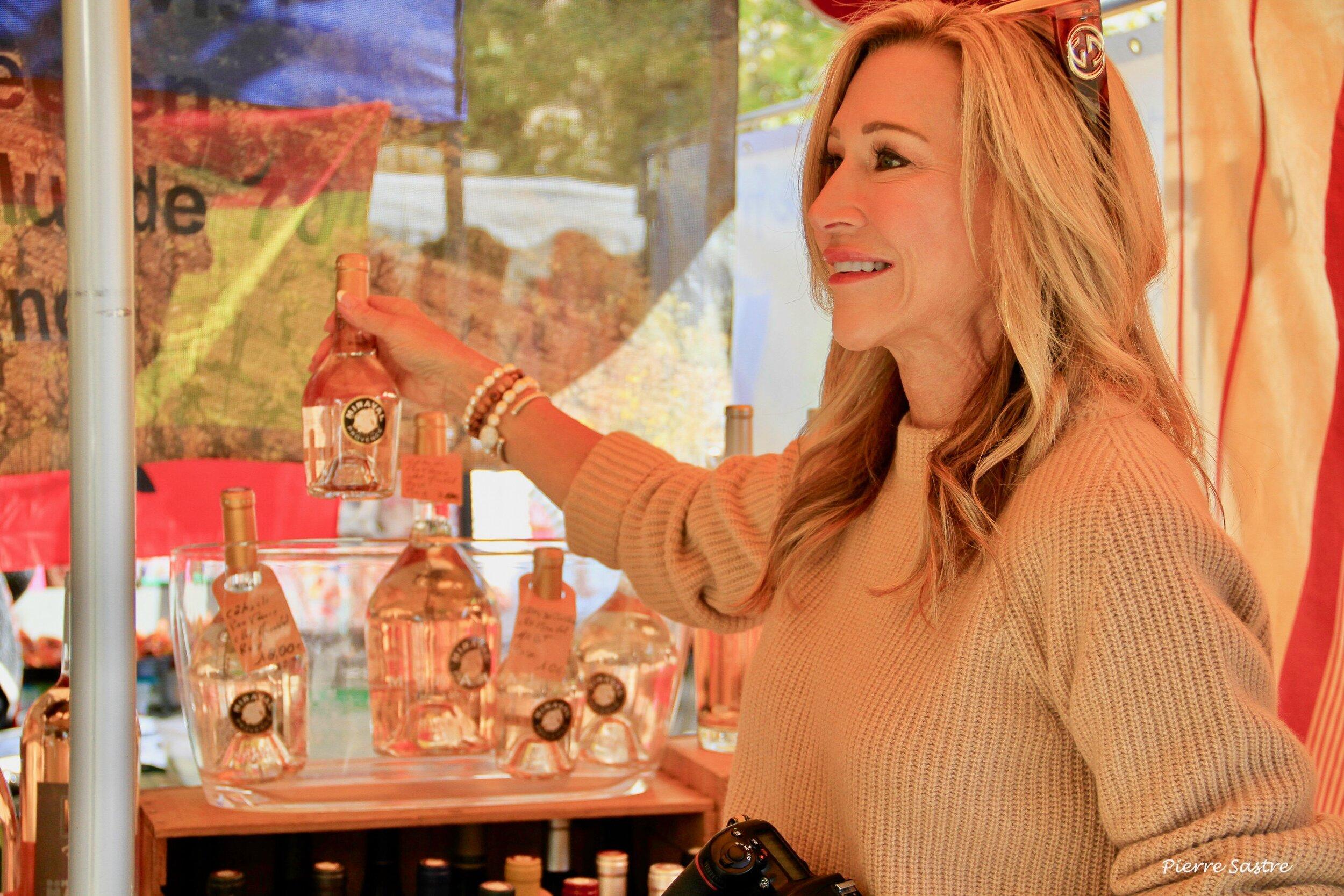 The Market in Lourmarin - Crazy Blonde Life